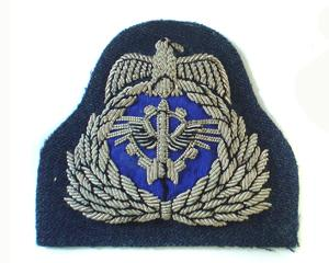 KUWAIT AIR FORCE CAP BADGE ON RAF BARATHEA (4334420262984)