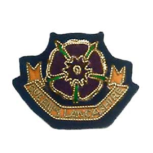 QUEENS LANCS BERET BADGE (4334340571208)