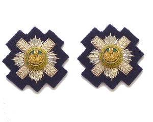 STAR SCOTS GUARDS OFFICERS MESS COLLAR ON GDS LT NAVY (4334352957512)