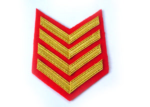 4 BAR CHEVRON ROYAL MARINES GOLD ON SCARLET (4344109957192)