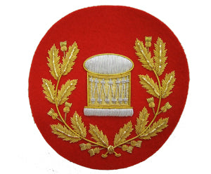 Arm Drum Badge in Wreath on Red (Gold) (4334332018760)
