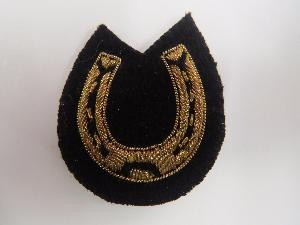 HORSE SHOE ARM BADGE - FARRIER - MESS DRESS (4334326644808)