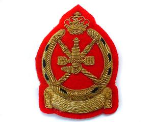 OMANS TABLE OFFICERS CAP BADGE (4334428717128)