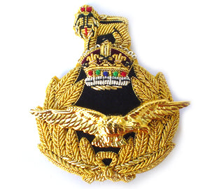 RAF Air Rank Cap Badge with King's Crown (4344137121864)