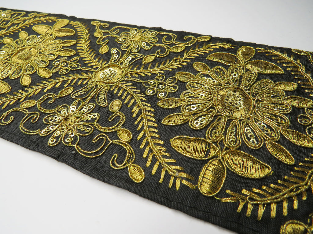 Victoria Gold and black flower trim (5779844858022)