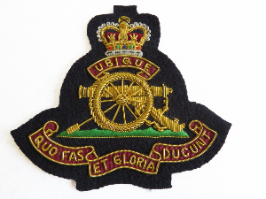 ROYAL ARTILLERY BLAZER BADGE LARGE (4334451556424)