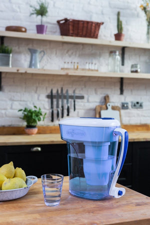 ZeroWater 12 Cup/ 2.8Ltr Water Filter Jug Offer - 2tech ltd