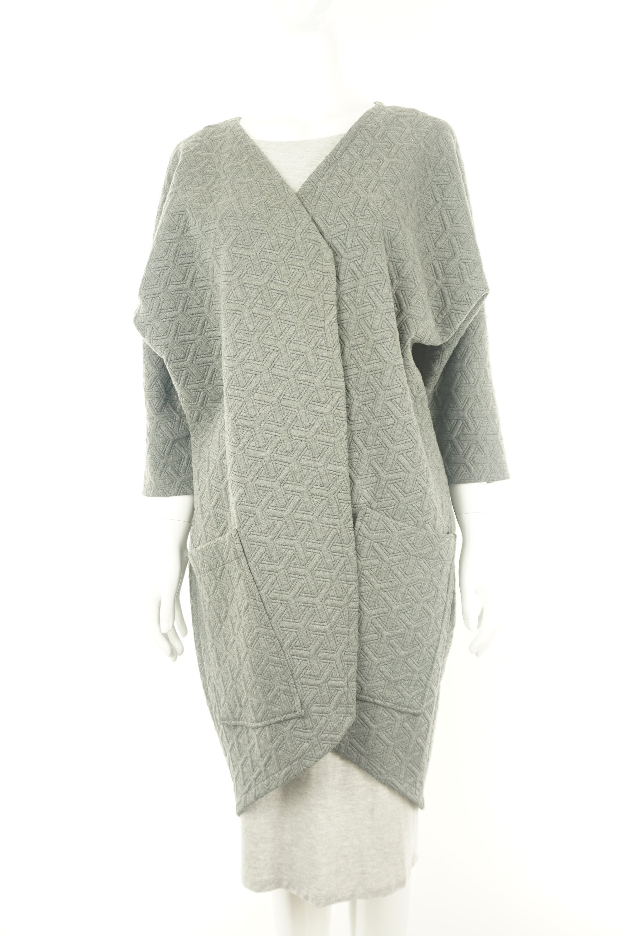 KAI&KLO Quilted Long Coat, Modern and minimal design. Made in Canada., Grey, Spandex, Rayon, polyester,