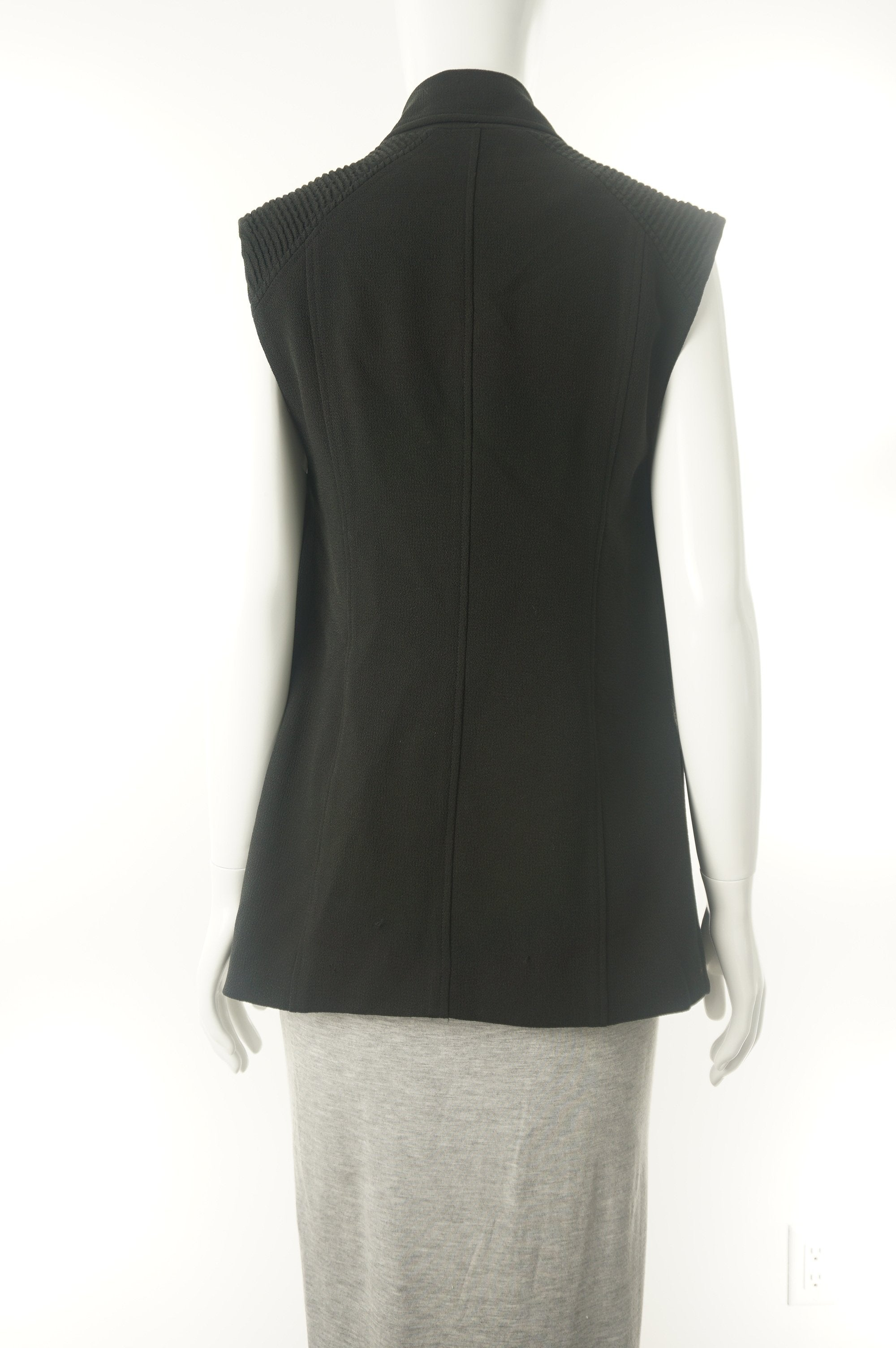 Wilfred Black Vest, Simple cute vest., Black, 68% acetate, 32% polyester,