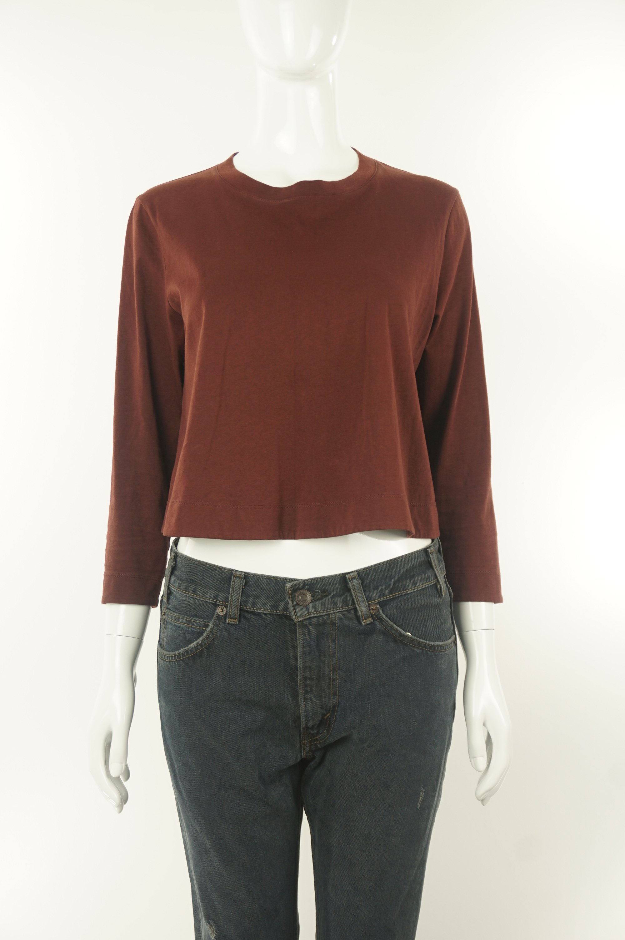 Wilfred Cute Comfy Burgundy Crop Top, If you believe in comfortable fashion that makes you look cute and not like you're trying so hard, this burgundy crop top is for you. , Red, 100% cotton, women's Tops, women's Red Tops, Wilfred women's Tops, wilfred crop top with midi sleeves, aritzia women's crop top, women's crop top