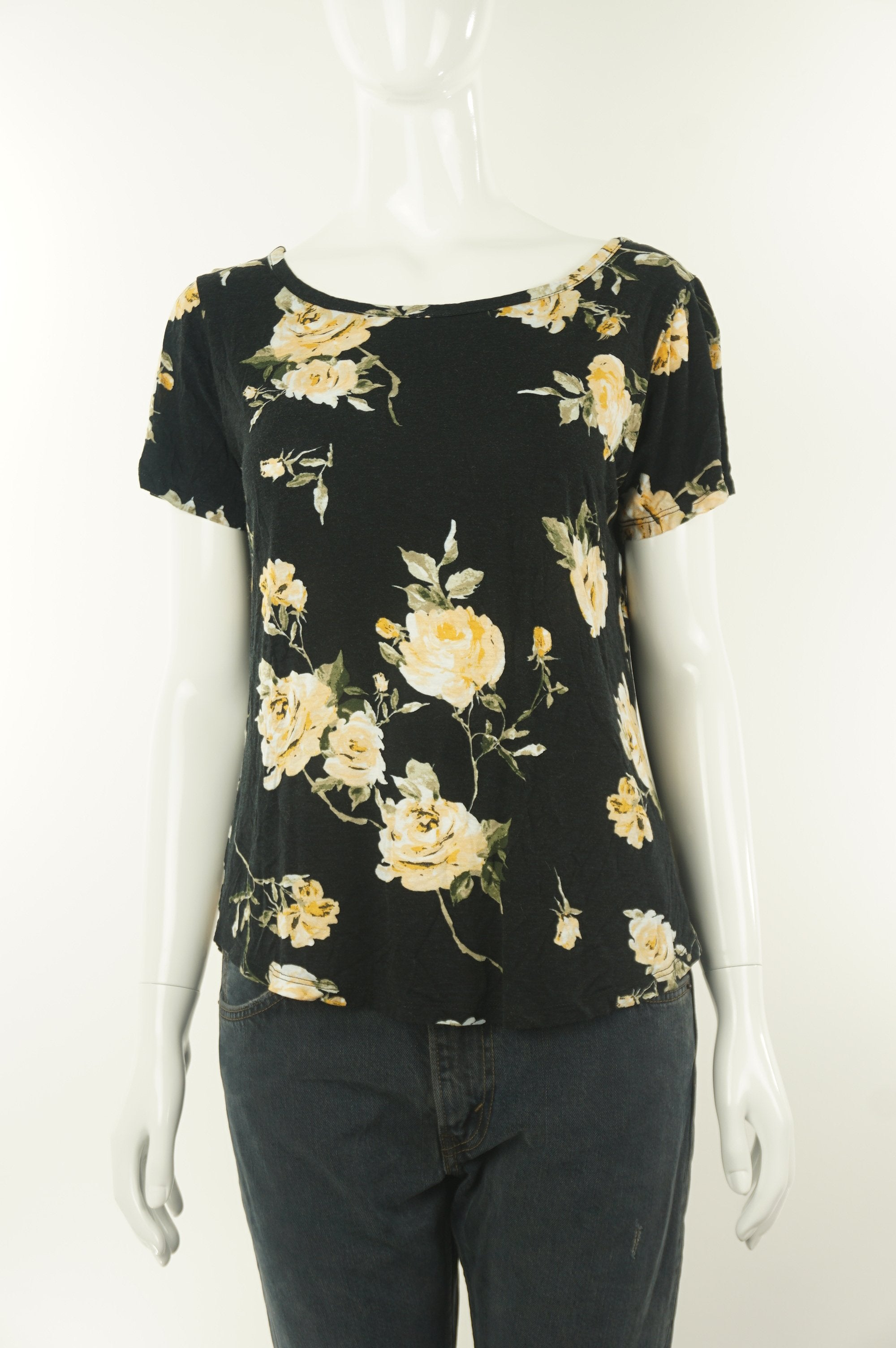 Dynamite Soft rose-patterned shirt, Get all rosy and feminine with this soft flower-pattern simple yet elegant shirt, Black, 100% Rayon, women's Tops, women's Black Tops, Dynamite women's Tops, dynamite women's top, women's soft shirt, women's soft floral blouse with open back