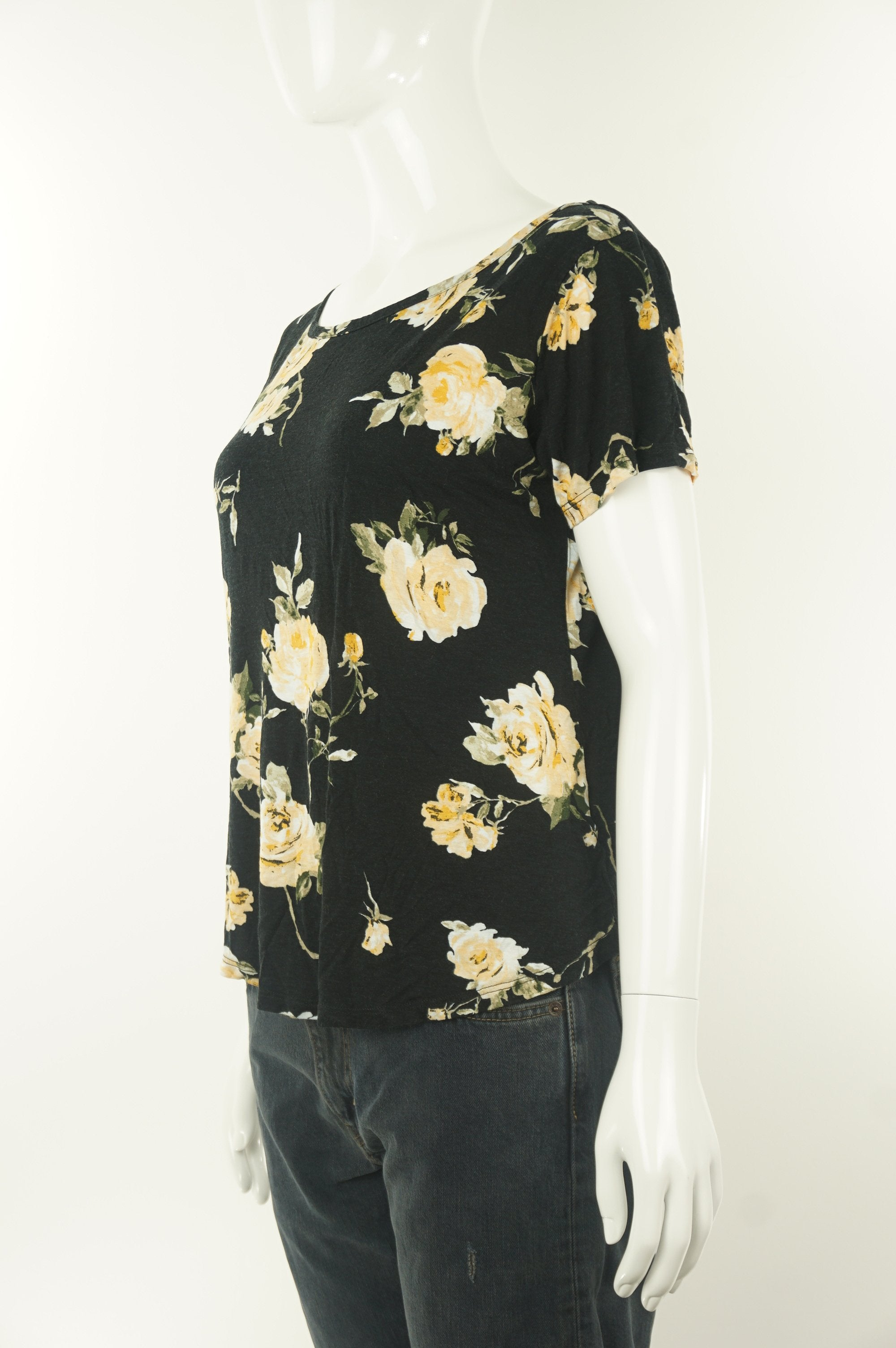 Dynamite Soft rose-patterned shirt, Get all rosy and feminine with this soft flower-pattern simple yet elegant shirt, Black, Cotton soft fabric,
