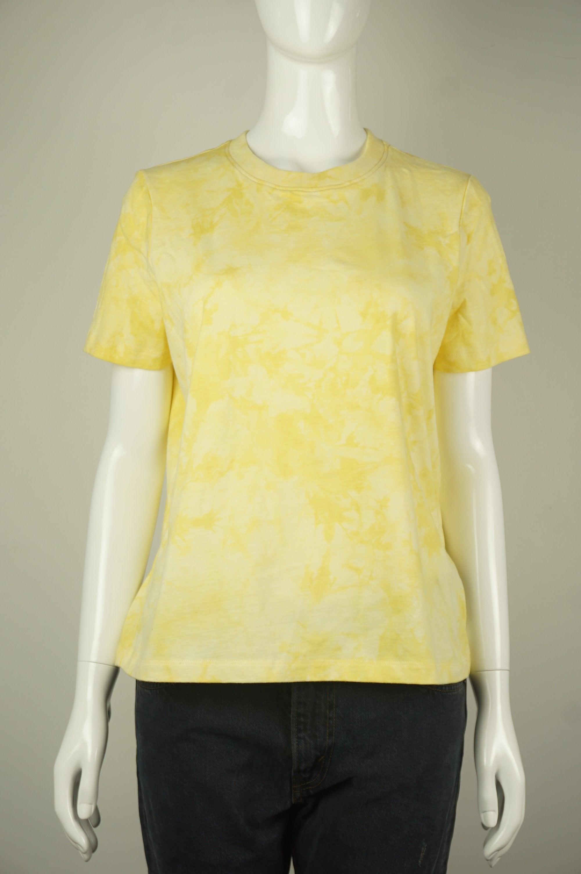 Frank and Oak Hippie's 60s-inspired tie-die yellow short sleeves shirt, What hippies got right, absolutely, in all occasions? Tie-die shirts, of course! This 60s-inspired statement piece is short-sleeved with crewneck, dropped shoulders, and a tie-die design. , Yellow, 100% Cotton. Comfortable and Breathable Fabric. , women's Tops, women's Yellow Tops, Frank and Oak women's Tops, Frank&Oak tie dye shirt, women's tie dye shirt, women's tops