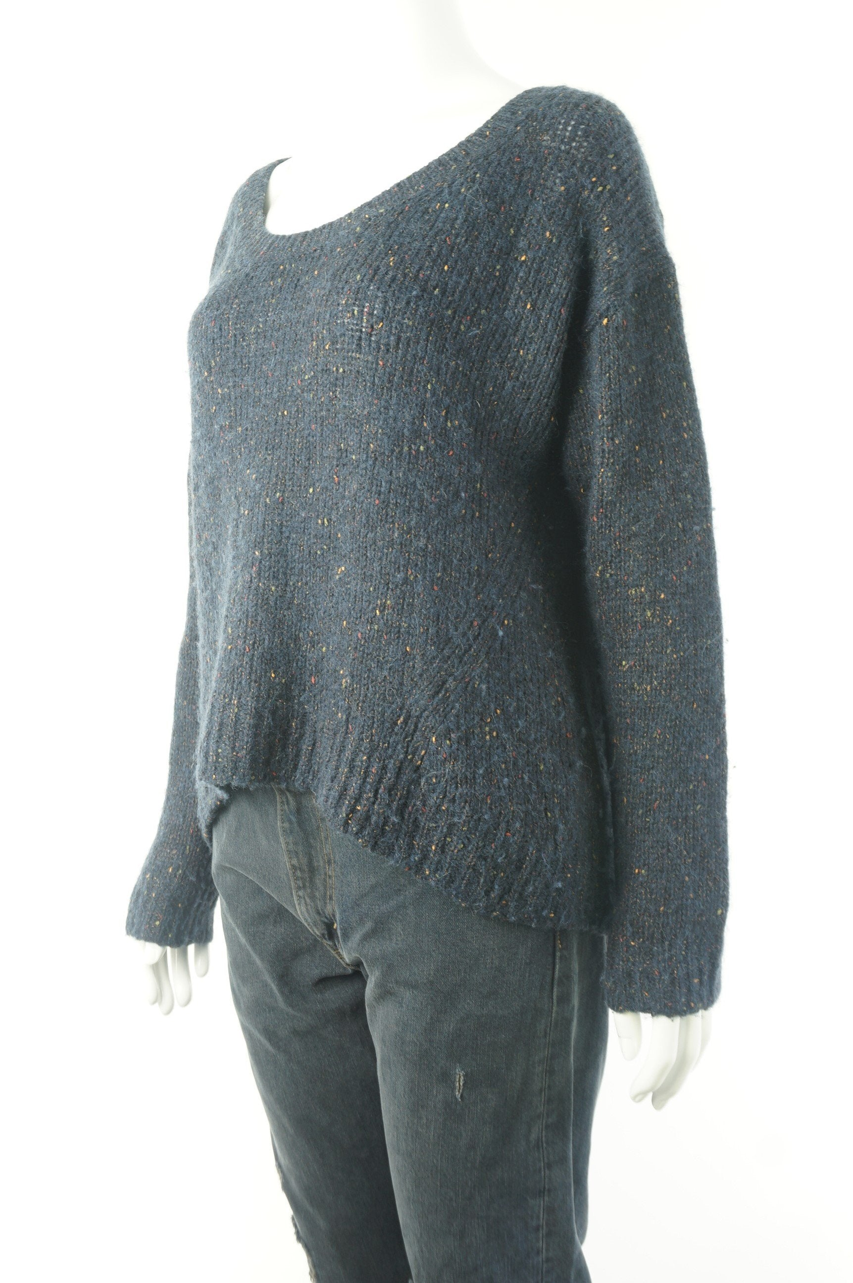 Babaton Oversized Sweater With Alpaca Wool, Relaxed and slouchy sweater made from alpaca blend. You next lazy Sunday outfit? Fits larger., Blue, 40% Alpaca, 32% Viscose, 20% Polymide, 8% wool, women's Tops, women's Blue Tops, Babaton women's Tops, aritzia babaton oversized sweater, aritzia women's sweater, aritzia wide-neck loose-fitting sweater,