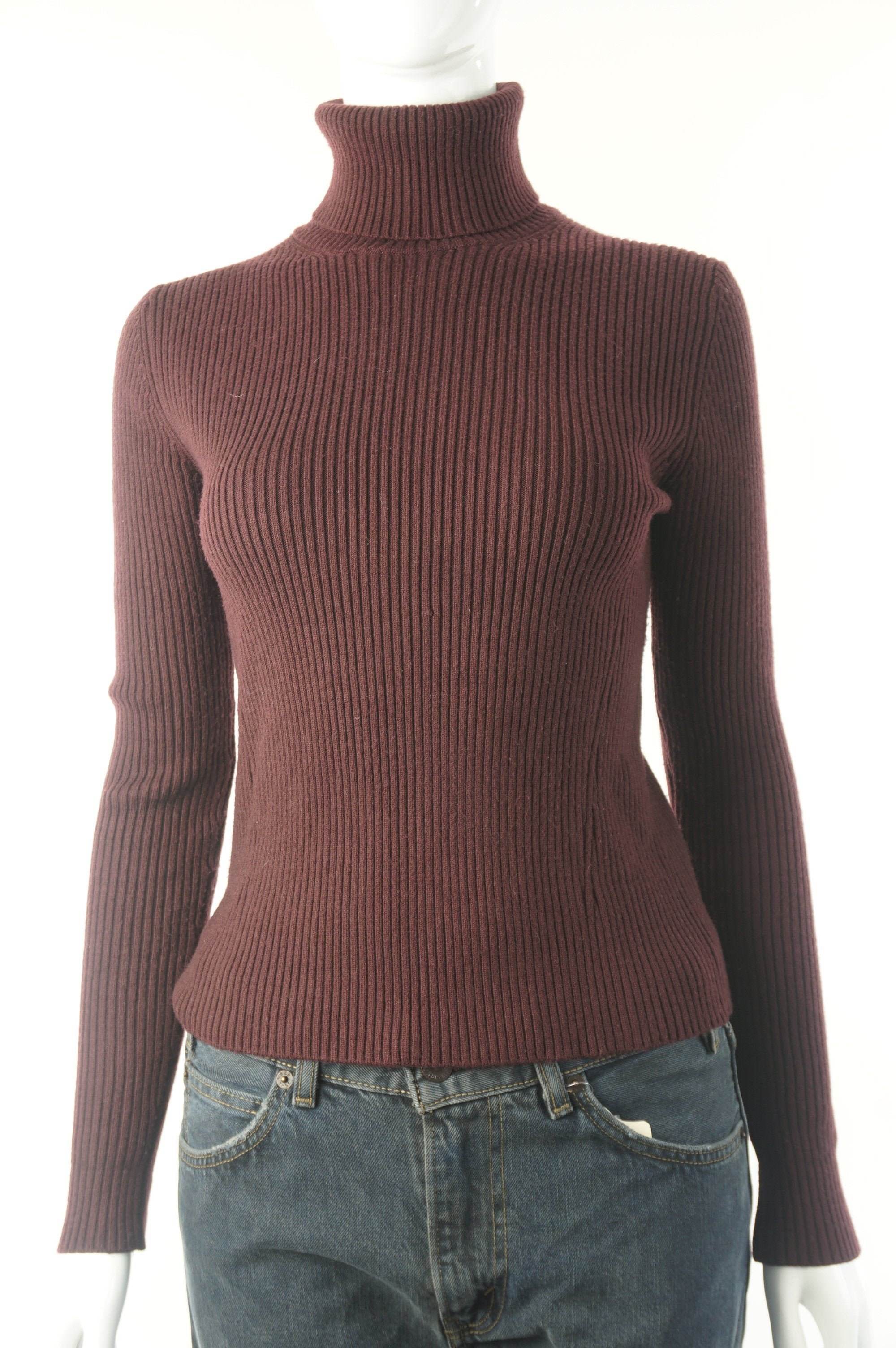 Zara Basic Burgundy Turtleneck Sweater, Long sleeve everyday turtleneck sweater. Tight fit to easily go under your jacket., Red, 46% viscose, 28% Nylon, 26% polyester, women's Tops, women's Red Tops, Zara women's Tops, women's turtleneck sweater, zara women's basic winter sweater, zara women's long sleeve turtleneck sweater,