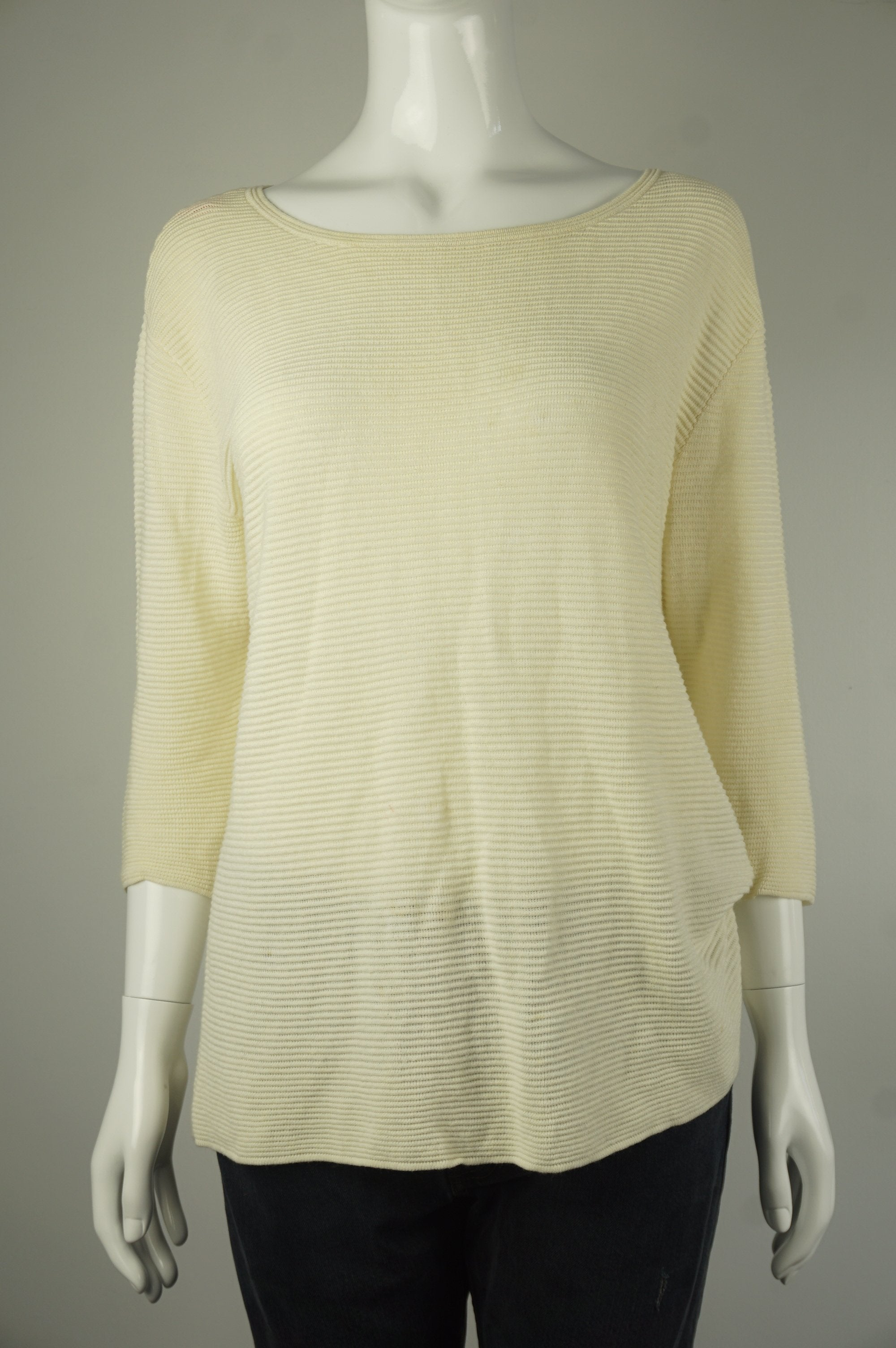 Wilfred Pullover Beige Sweater, Relaxed fitting with dropped shoulders. Drapey fabric., Yellow, 68% viscose, 20% linen, 12% nylon, women's Tops, women's Yellow Tops, Wilfred women's Tops, wilfred loose sweater with high neck, arizia women's loose sweater turtle neck, women's sweater, arizia women's pullover sweater