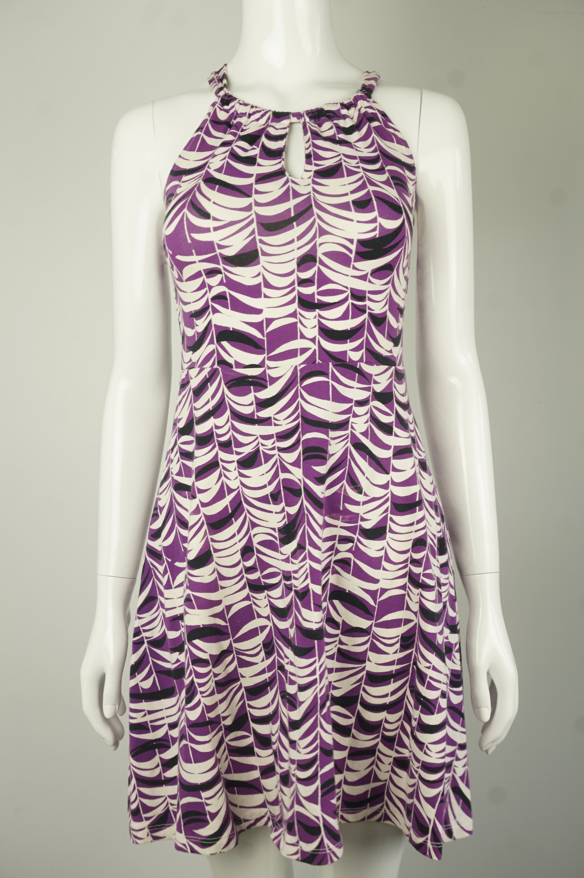 Forever 21 Cute Purple Zebra Print Flared Dress with Crossed Strap Back, Comfortable, stretchy, yet elegant, this flared dress with crossed strap will help you radiate in a special feminine charm. , Purple, White, 2 way stretch fabric, women's Dresses & Rompers, women's Purple, White Dresses & Rompers, Forever 21 women's Dresses & Rompers, Purple leaf patterns mini dress, dresses for outdoor events, party dresses, stretchy and body-cut flared dress