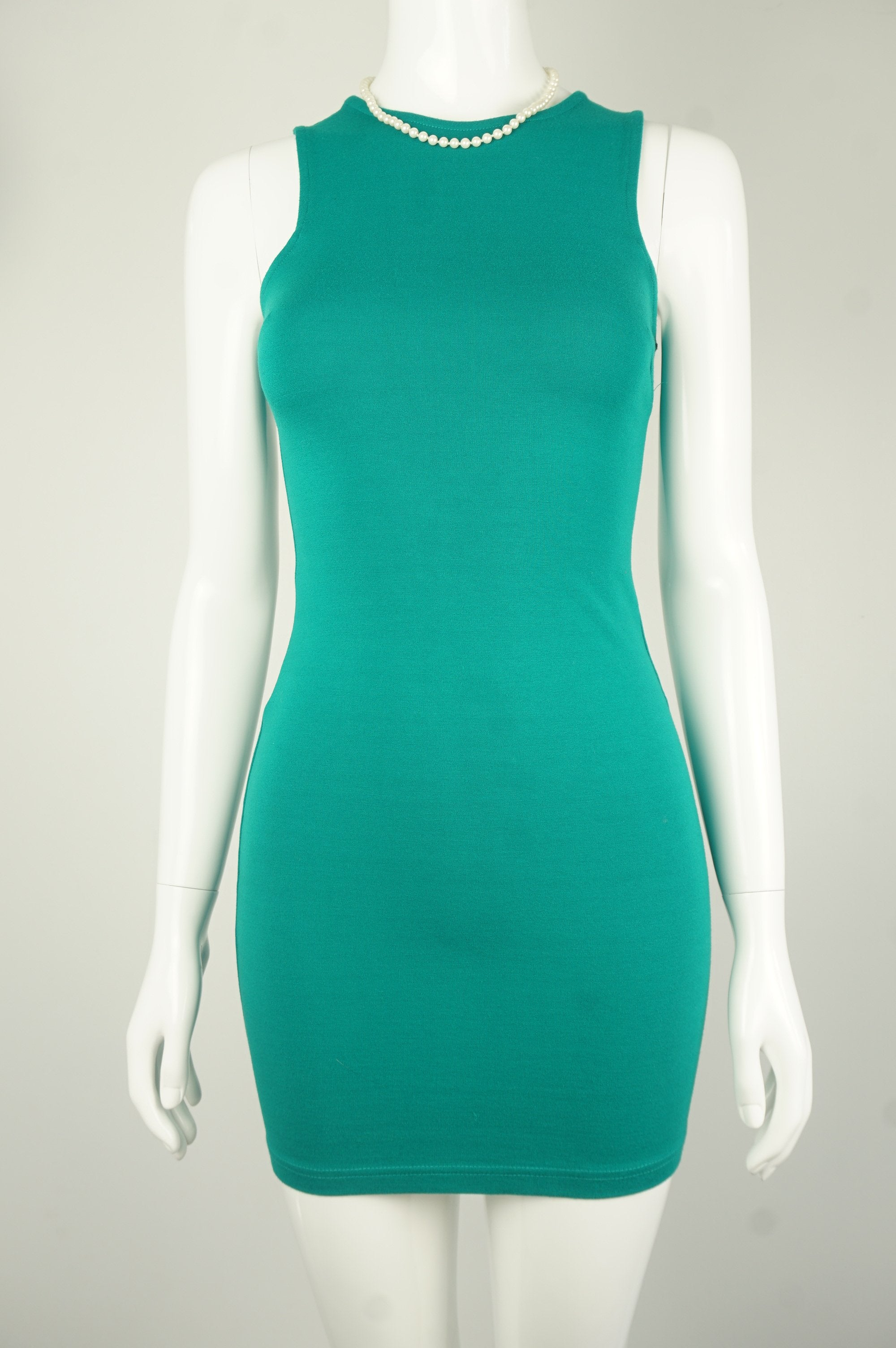 Forever 21 Vibrant Turquoise Bodycon Dress, We are loving this bright and shining bodycon dress for you! Made from four-stretchy fabric, this dress will color up your day and the party you're going to! , Green, 4-way stretchy fabric, women's Dresses & Rompers, women's Green Dresses & Rompers, Forever 21 women's Dresses & Rompers, Bodycon turquoise dress, bodycon party green dress, basic comfy stretchy sheath dress