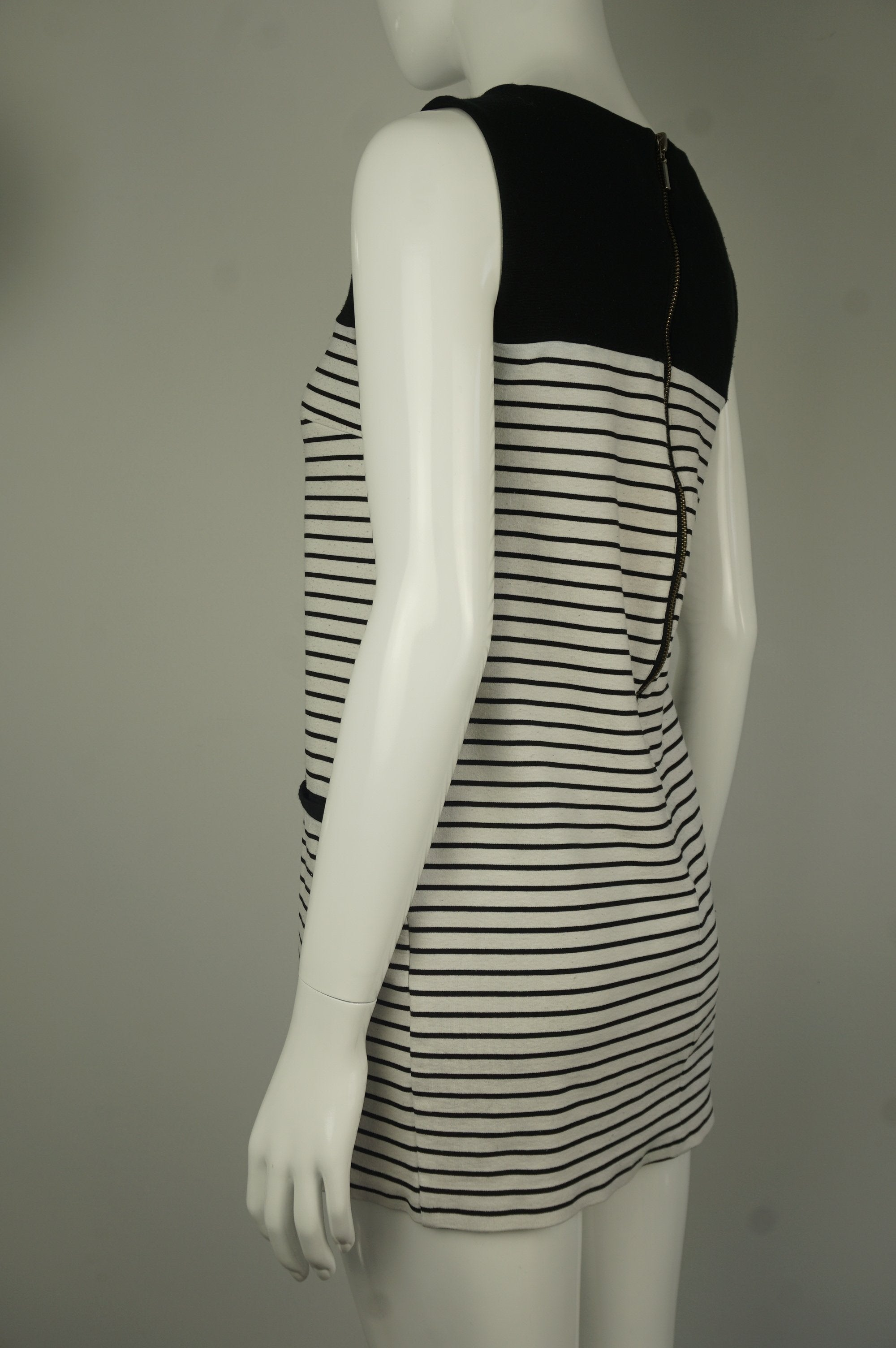 Love 21 Mini Straight Dress with Solid Black Top and Striped B&W bottom, Cute and comfy, this unique Black and White Striped Mini-Dress with Long Zipper in the back is perfect for outing  events and casual hangouts.  , Black, White, Cotton Fabric, women's Dresses & Skirts, women's Black, White Dresses & Skirts, Love 21 women's Dresses & Skirts, Simple Casual Black and White Women's Dress, Straight Cut Comfy Women's Dress, Women's Baseball Dress