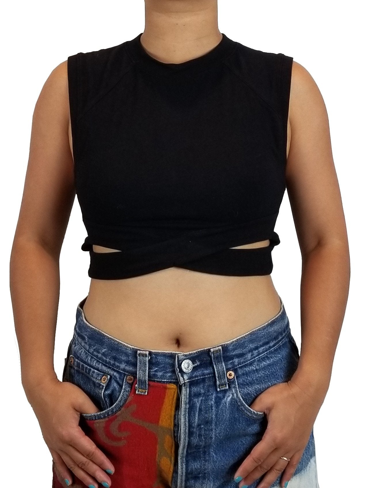 Silence & Noise Black Cutout Crop Top, Crop top with fashionable design., Black, 95% Cotton. 5% Spandex, women's Tops, women's Black Tops, Silence & Noise women's Tops, black Crop top, cute black cutout top, cropped top silhoutte with banded crew-neck and armholes