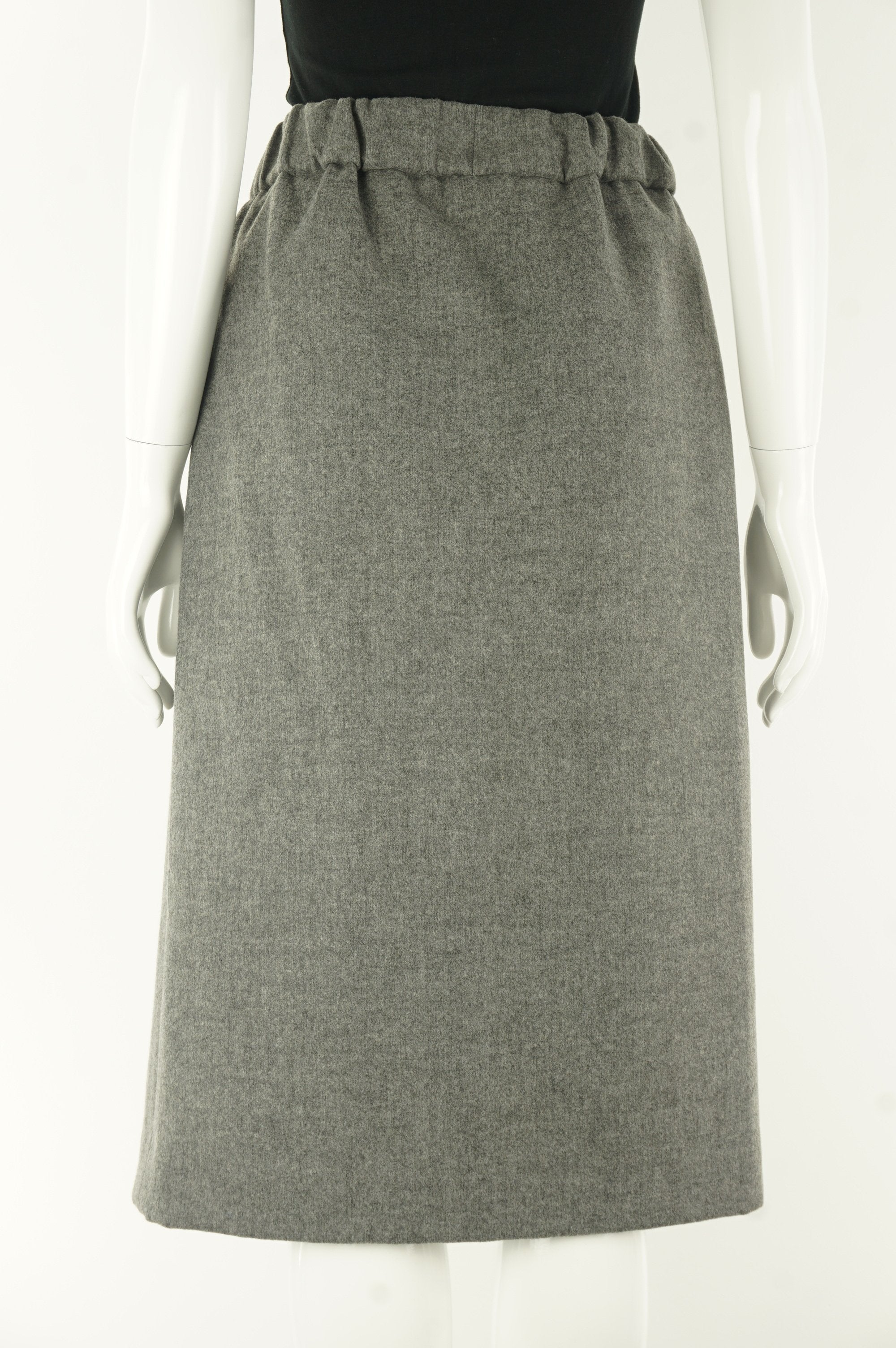Le Fou Wilfred Wool Winter Pencil Skirt, Sitting in the office the whole day but still have to embrace the cold while walking to lunch? This wool skirt covers it all.Not even mentionining the comfortable elastic waistband!, Grey, 43% Polyester, 22% wool, 19% viscose, 7% polyamide, 6% cotton, 3% elastane, women's Dresses & Skirts, women's Grey Dresses & Skirts, Le Fou Wilfred women's Dresses & Skirts, women's winter warm skirt, Aritzia women's wool skirt