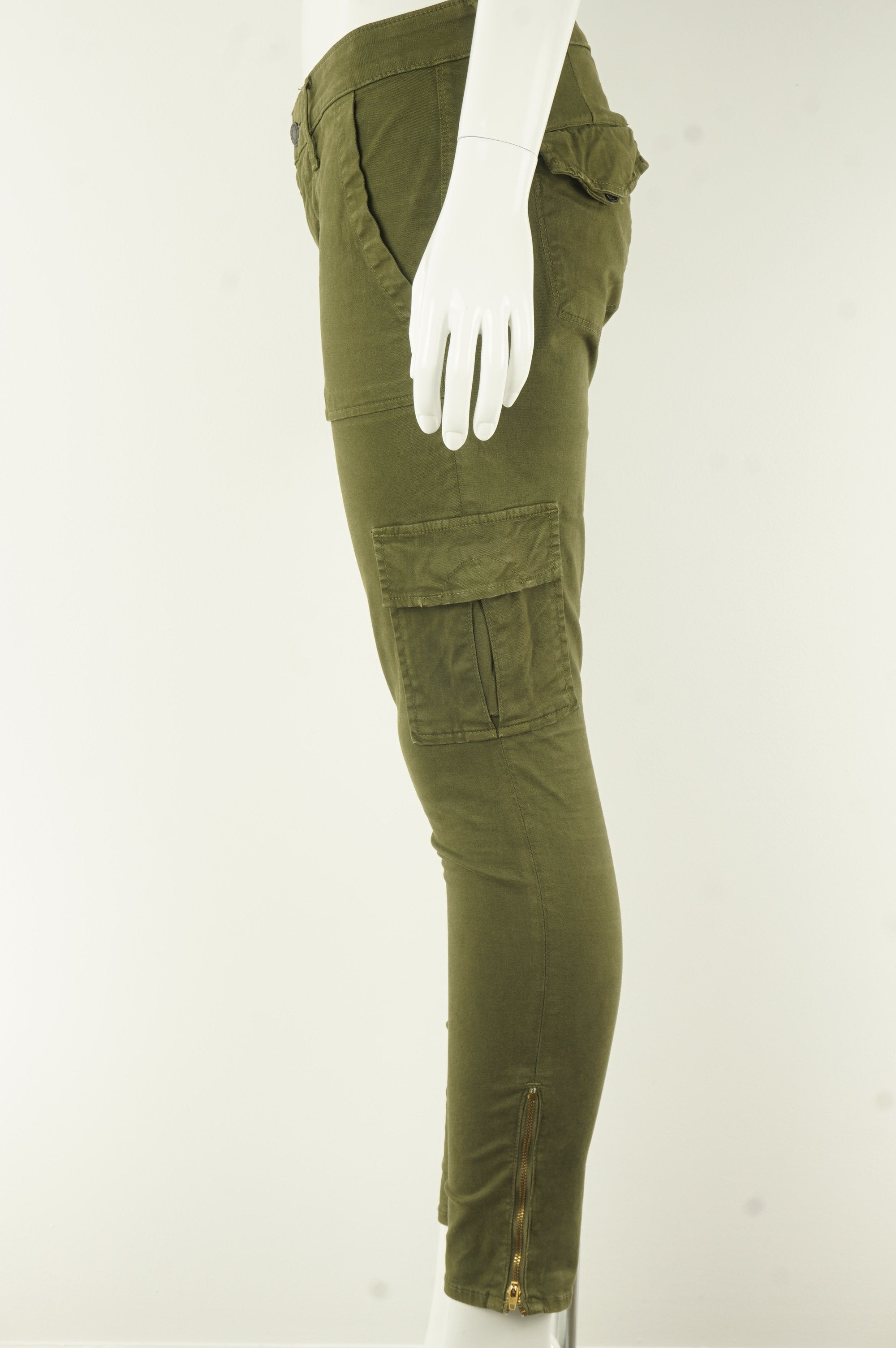 Paradise Mine Army Green Skinny Stretchy Jeans, The cool kinda pair of jeans with lots of pockets. , Green, 97% Cotton, 3% Spandex, women's Pants & Shorts, women's Green Pants & Shorts, Paradise Mine women's Pants & Shorts, women's denim, aritzia women's green jeans/denim