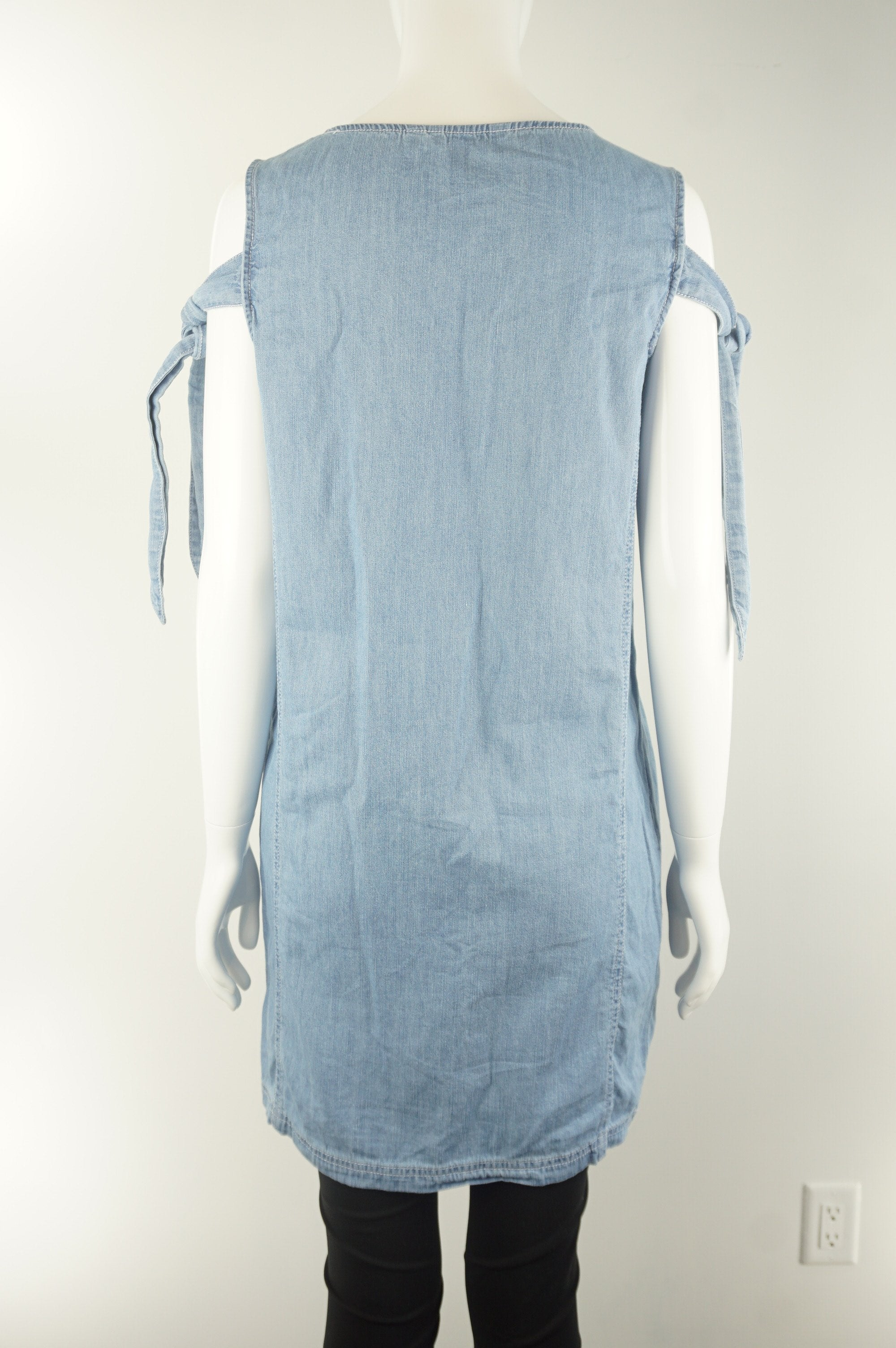 Octmami Sleeveless Denim Blue Maternity Dress, Pure cotton dress for the maximum comfort during pregnancy. Simple and elegant design., Blue, 100% Cotton, women's Mom & Baby, women's Blue Mom & Baby, Octmami women's Mom & Baby, stylish maternity dress, maternity dress, blue pregnancy dress, cute pregnancy clothes, summer maternity clothes