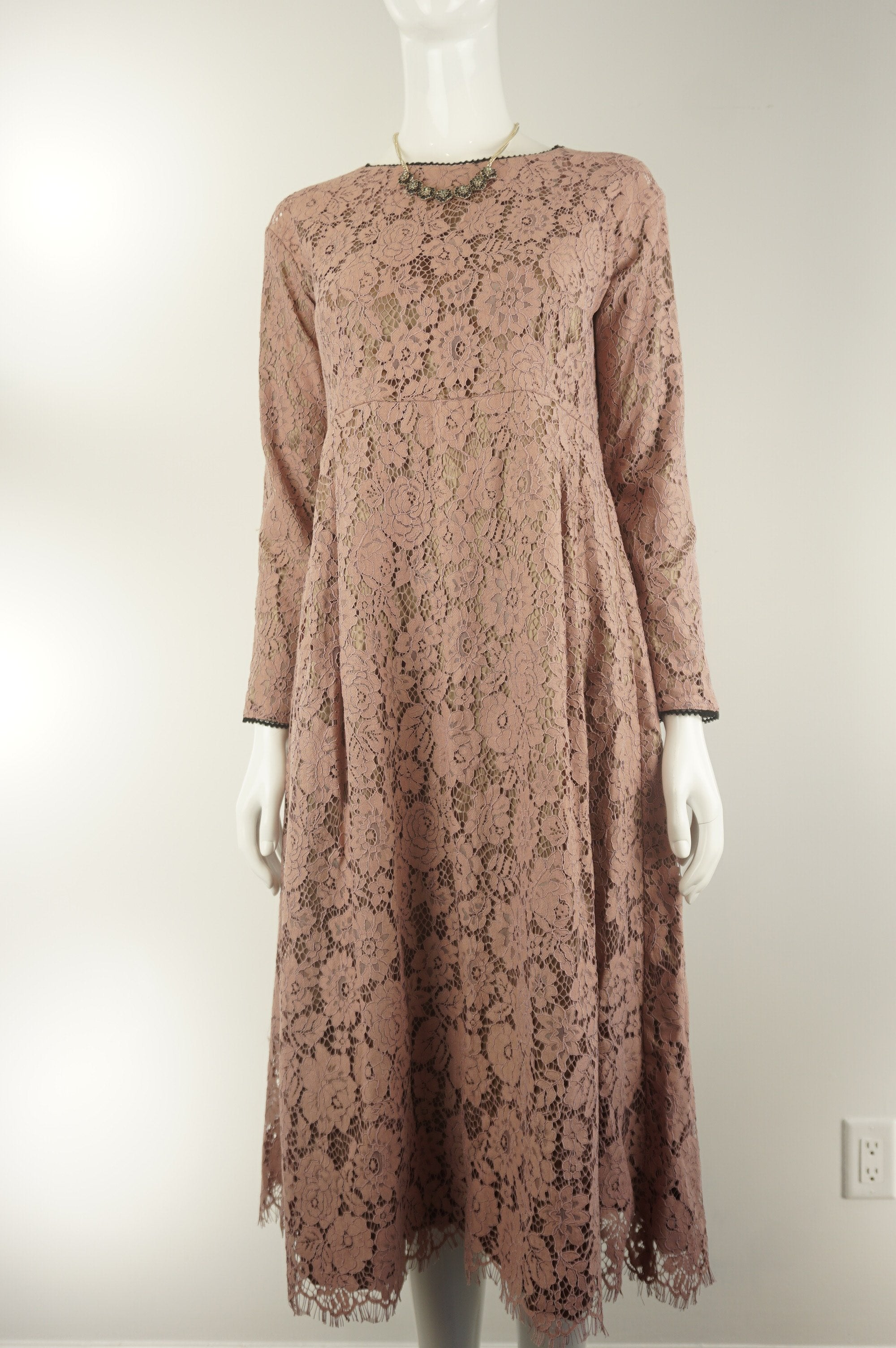 Elli Share Chic Lace Dress, Cute long lace dress. Pull over syle, no sipper., Pink, Shell: Lace, Liner: polyester, women's Dresses & Rompers, women's Pink Dresses & Rompers, Elli Share women's Dresses & Rompers, women's lace midi tunic dress, pullover lace midi flare dress, chic pink midi flare dress