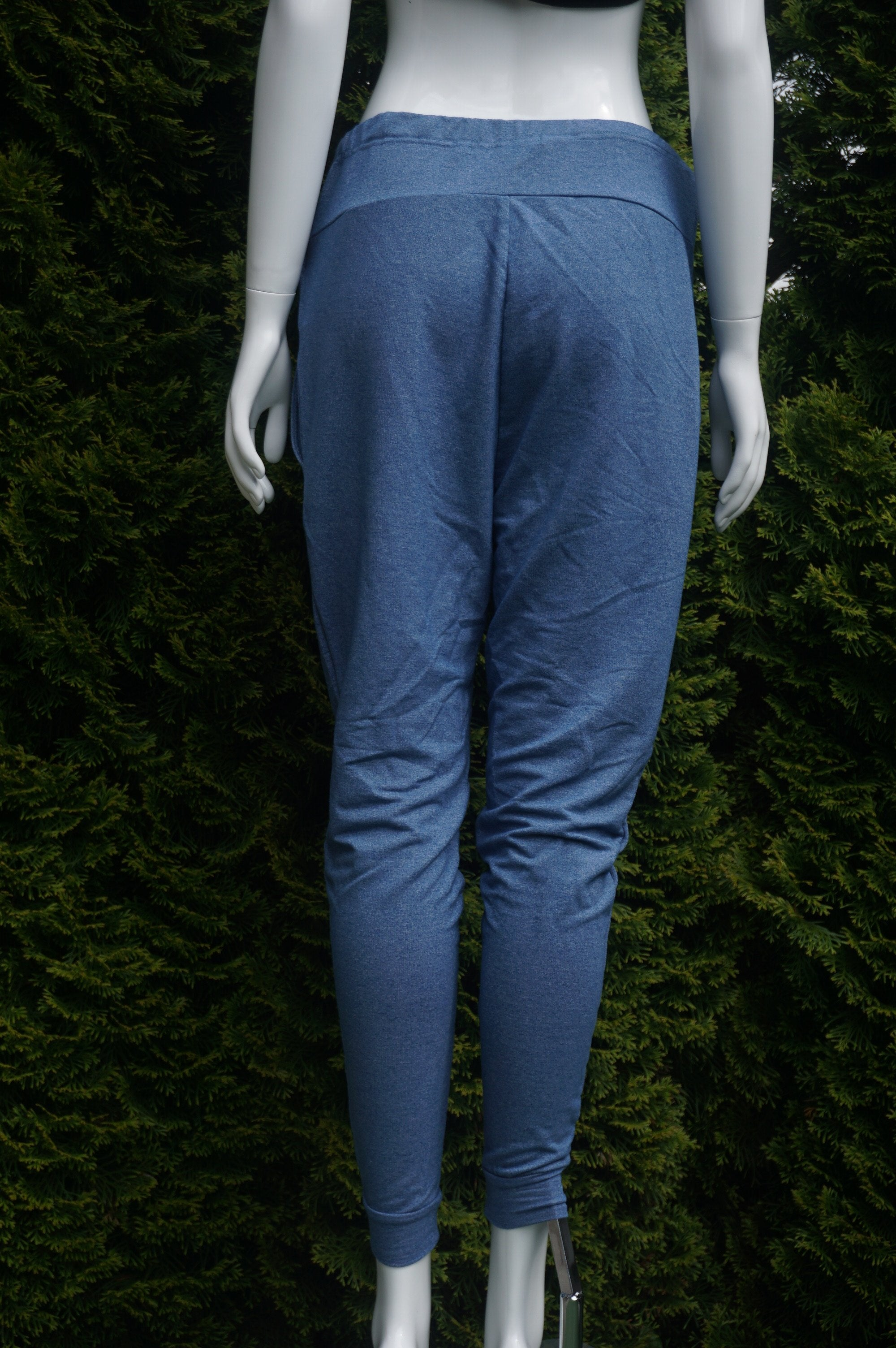 Elli Share Super Comfy Maternity Sweatpants, Maximum comfortable sweatpants with adjustable strap for the growing belly as well as excitement!, Blue, 61.3% Polyester, 34.8% Viscose, 3.9% Spandex, women's Mom & Baby, women's Blue Mom & Baby, Elli Share women's Mom & Baby, women's maternity sweatpants, maternity pants, pregnency clothes, pregnency sweatpants,