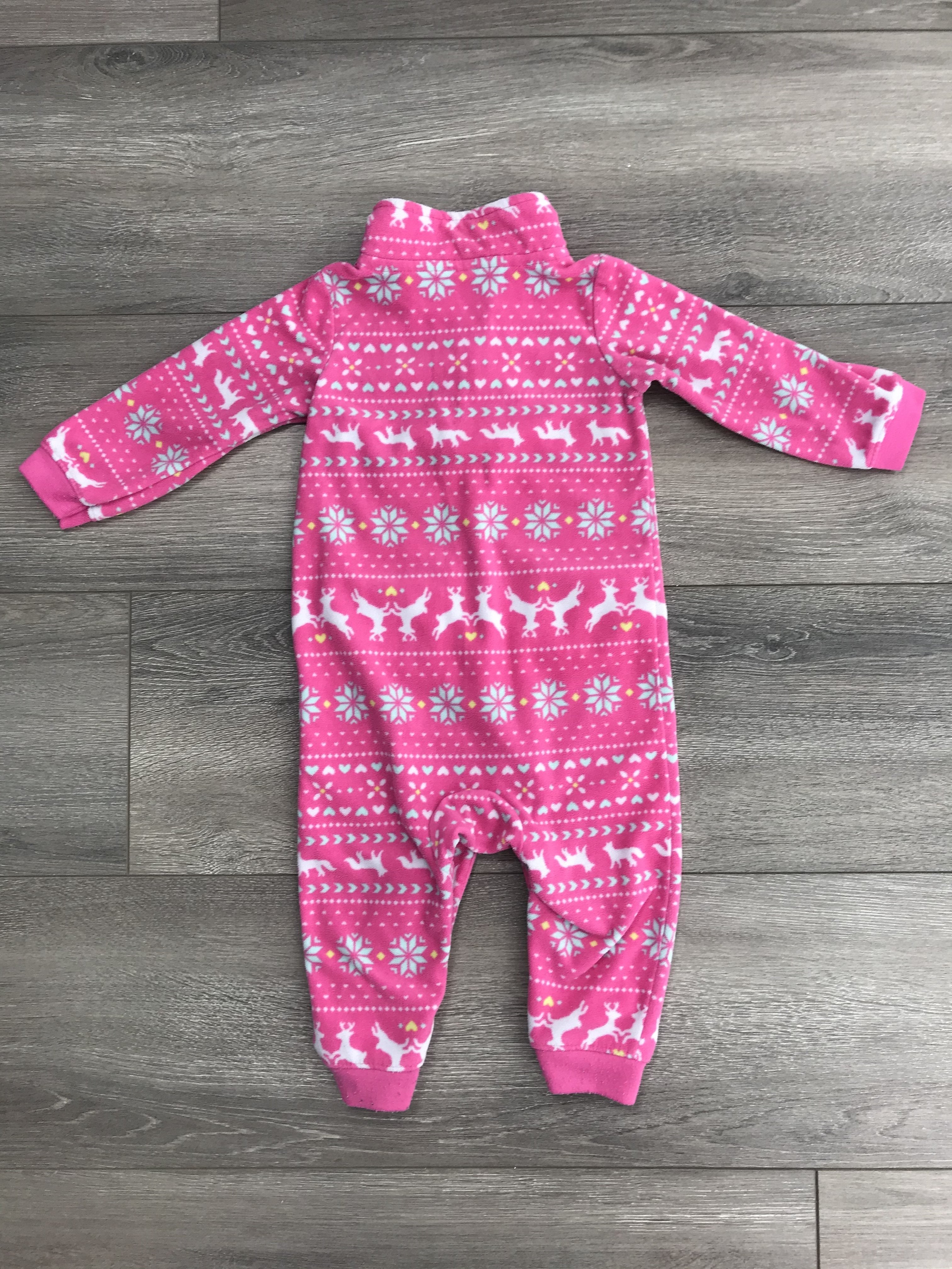 Carters 12 Months Warm One-piece, Warm and soft one piece with two cute pockets in the front that the baby probably won't use., Pink, 100% Polyester, 12 months baby's one-piece, baby's clothes, 12 months baby clothes, baby girl's clothes
