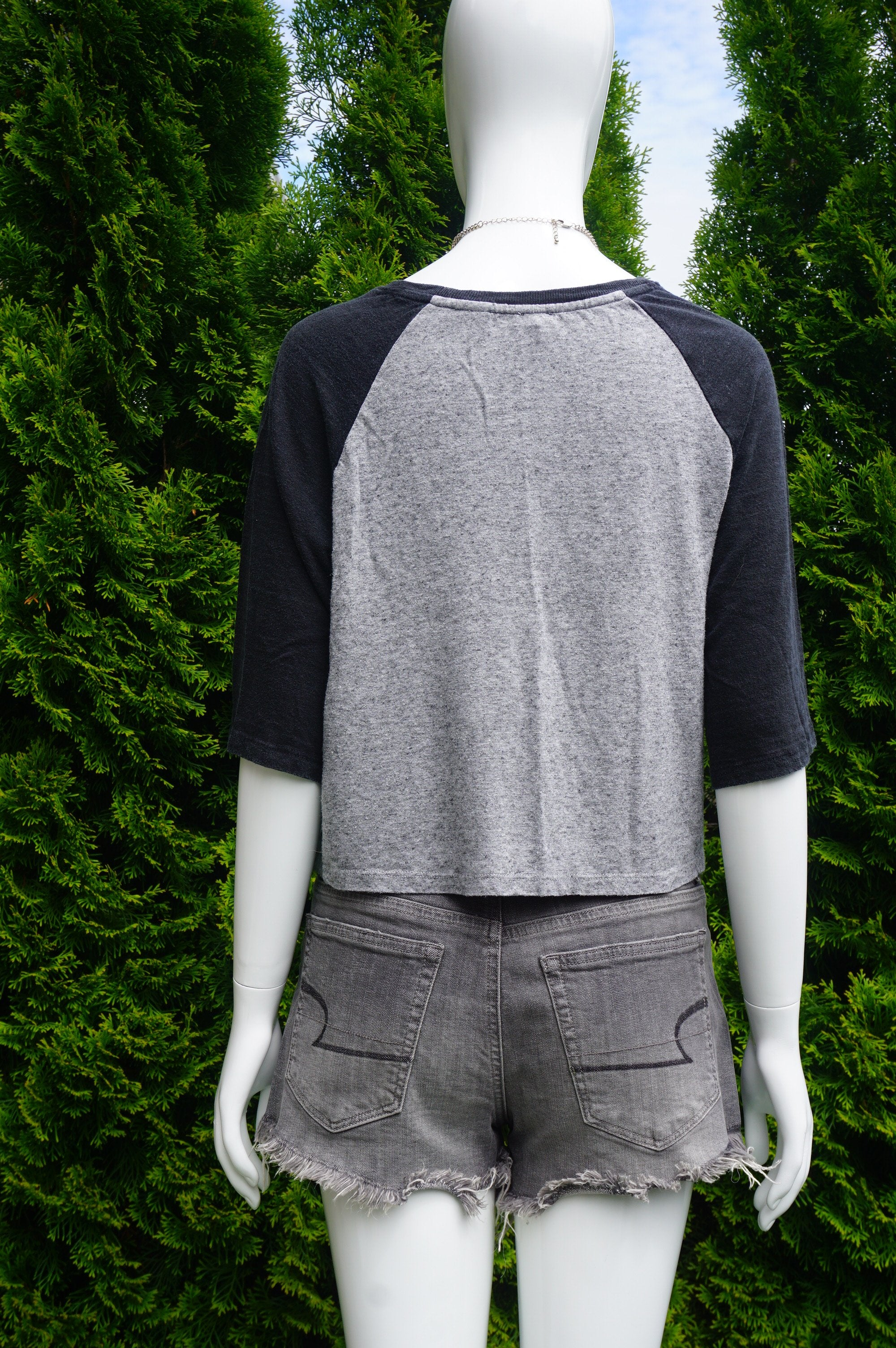 Levi's Cropped Black and Grey Top, Casual Levi's cropped top to throw on for your errand runs!, Grey, Cotton, women's Tops, women's Grey Tops, Levi's women's Tops, comfy crop top, casual top, mid sleeve top