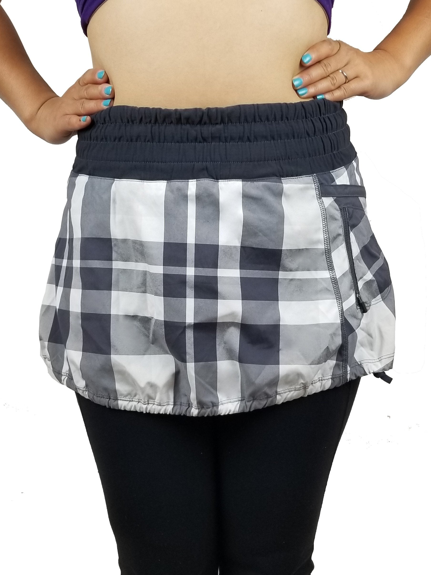 Lululemon Plaid Tracker Skirt, Vancouver street wear/Yoga pants. Lululemon size 2. https://info.lululemon.com/help/size-chart, Black, Grey, Polyester, women's Activewear, women's Black, Grey Activewear, Lululemon women's Activewear, Yoga, yoga pants, athletic wear, work out, comfortable pants, fitness, fit
