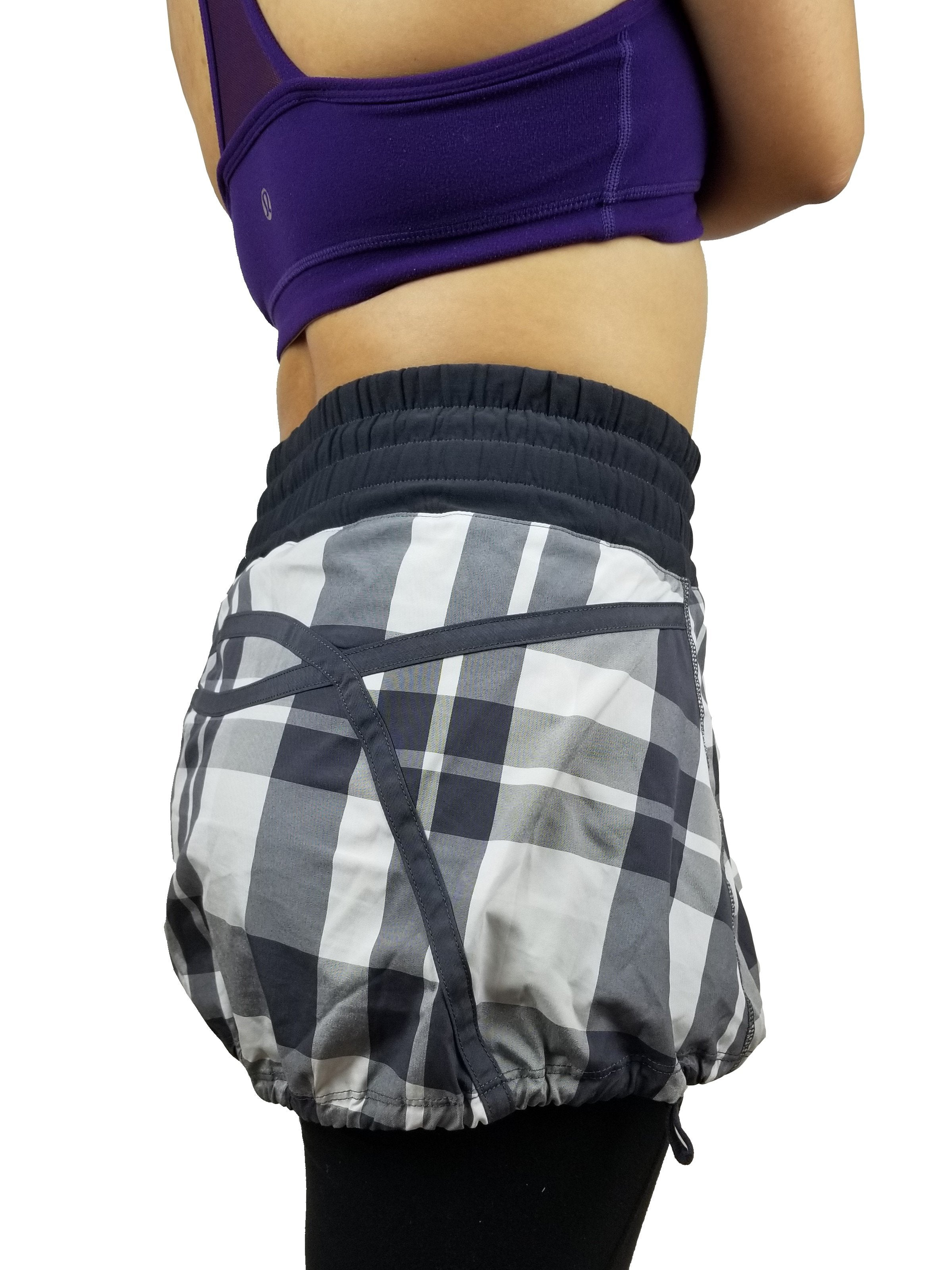 Lululemon Plaid Tracker Skirt, Vancouver street wear/Yoga pants. Lululemon size 2. https://info.lululemon.com/help/size-chart, Black, Grey, Polyester, Yoga, yoga pants, athletic wear, work out, comfortable pants, fitness, fit
