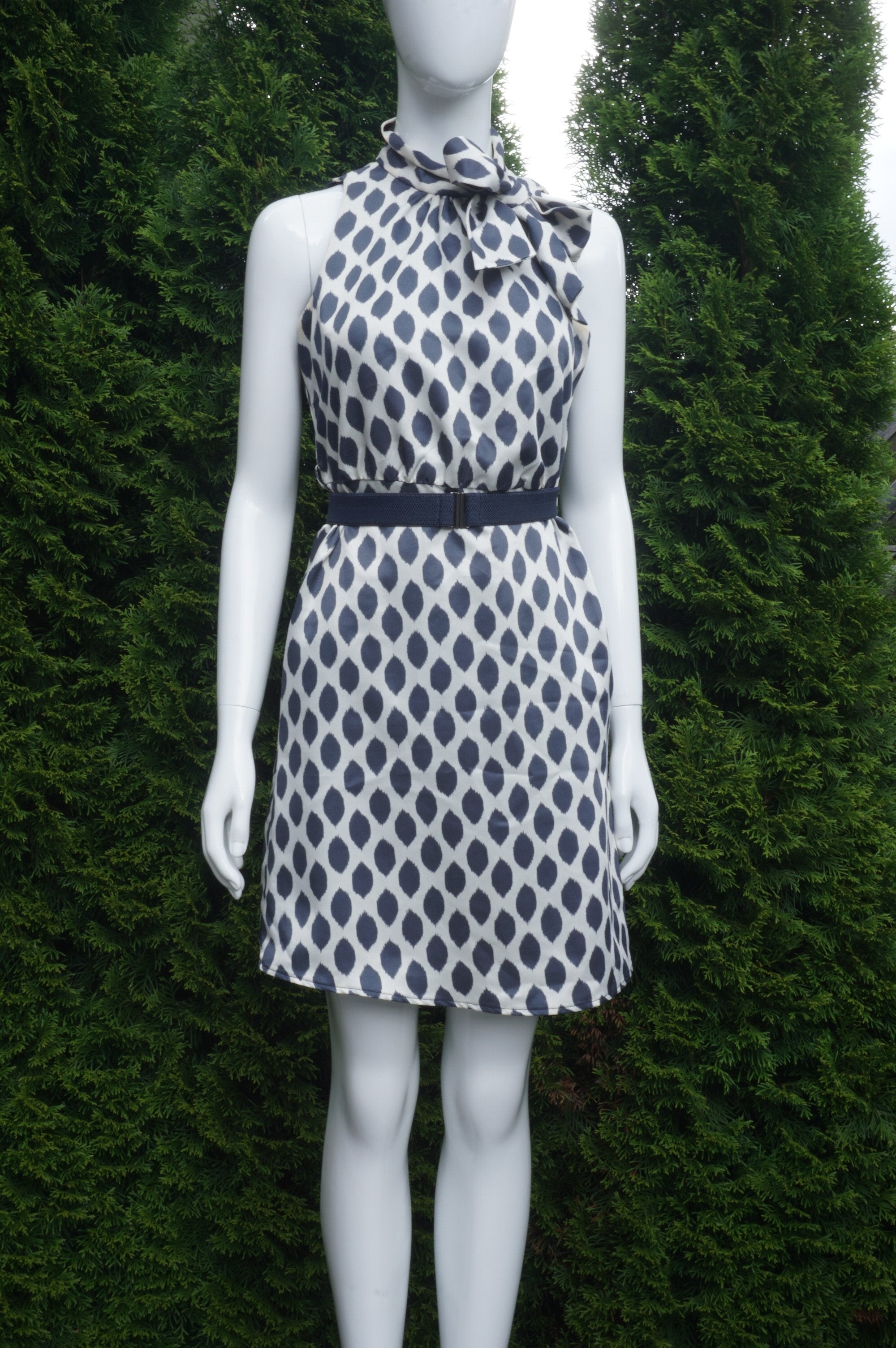 Love 21 Polka Dot Sleeveless Dress with Neck Tie, Zipper on the side. Bust 34 inches, waist 28 inches. Length 35 inches., White, Blue, Shell and lining: 100% Polyester, women's Dresses & Rompers, women's White, Blue Dresses & Rompers, Love 21 women's Dresses & Rompers, polka dot dress, sleeveless dress, neck tie dress