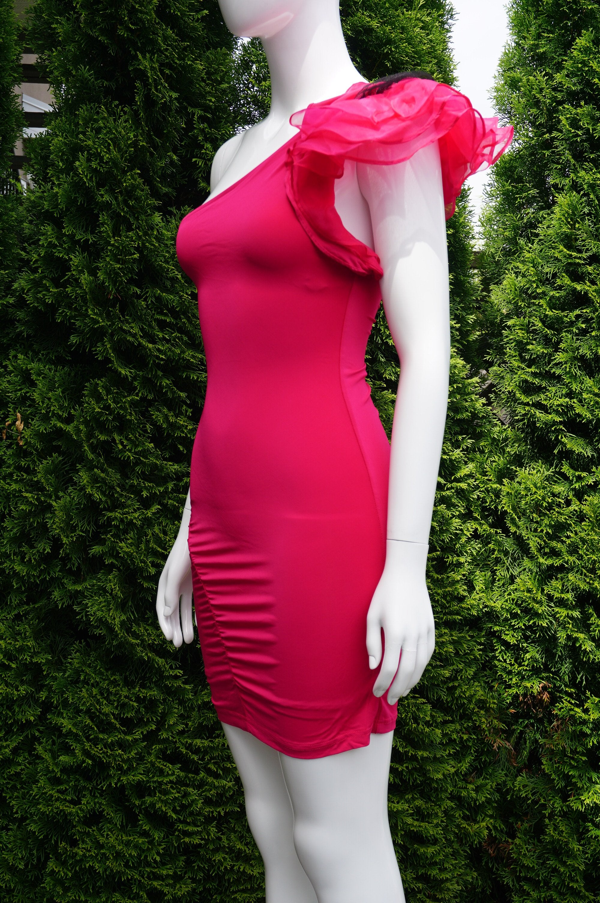 Bebe Asymmetrical 3D Ruffle Flower One Shoulder Stretchy and Flowy Bodycon Dress , This Bebe Solid Hot Pink Asymmetrical Ruffle Bodycon Dress highlights your body contours while accentuating your elegance and femininity.Ruffle Flower One Shoulder Solid Pink Asymmetrical Bodycon Dress