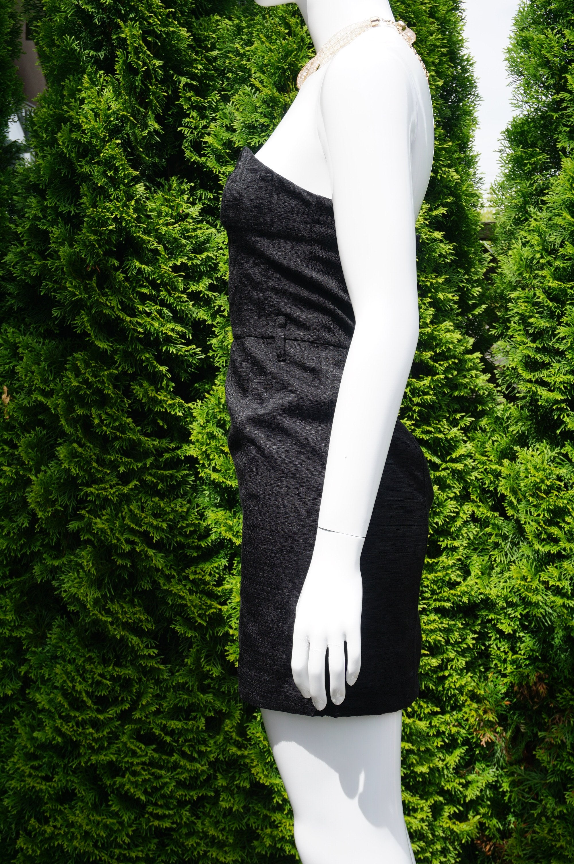 DIVIDED Strapless Heart Solid Black Sheath City Dress, Simple yet elegant, this timeless solid black sheath pencil city dress is a perfect choice for your next party/going-out night. Breast 30 inches, waist 26inches, length 26 inches measured from top of breast. , Black, Shell: 56% Polymade. 44% Viscose. Lining: 100% Polyester. , women's Dresses & Rompers, women's Black Dresses & Rompers, DIVIDED women's Dresses & Rompers, Solid Black Sheath City Dress, Strapless Heart Pencil Dress