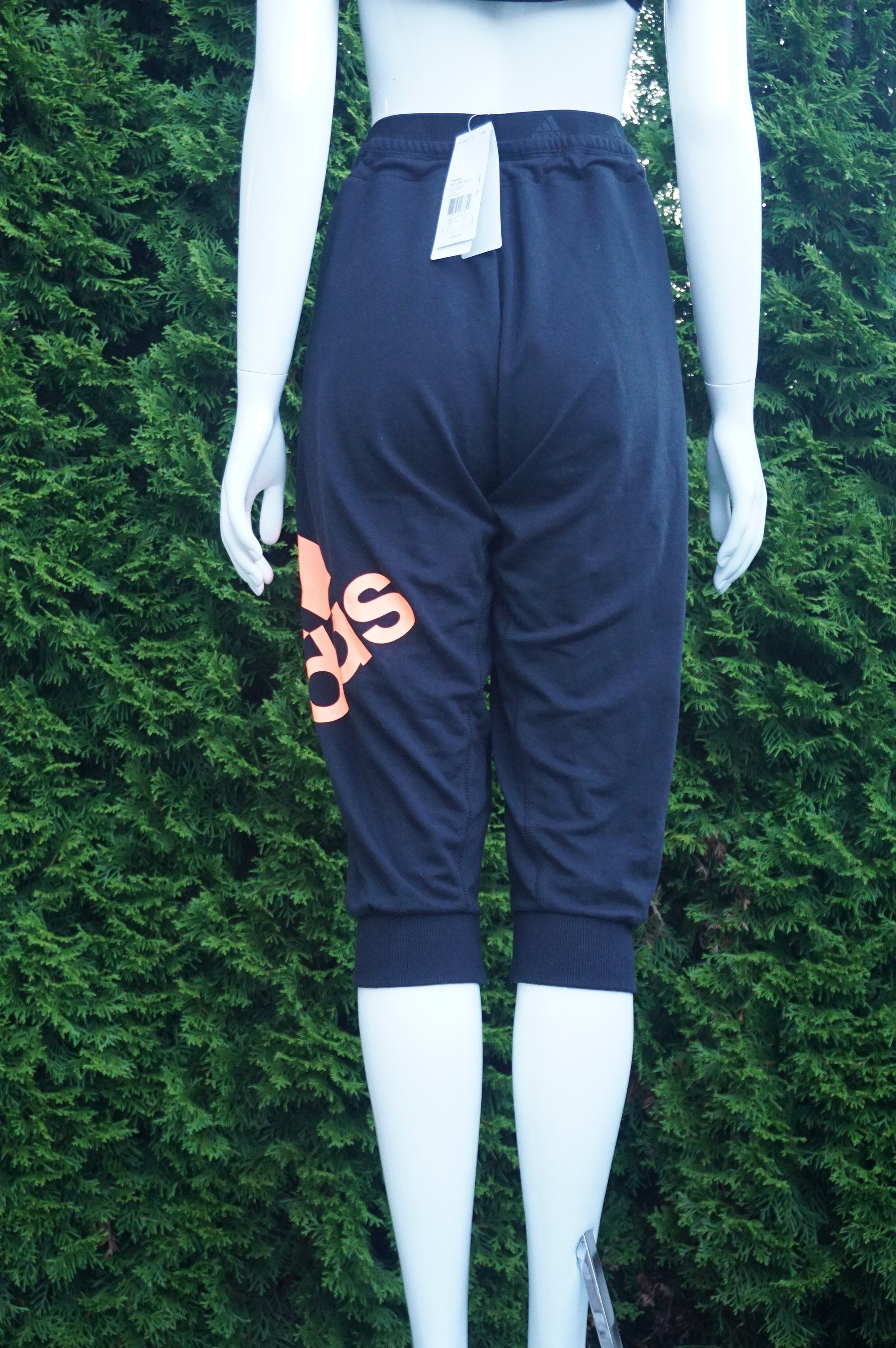 Adidas Comfy Sweatpants, New with tags sweatpants. Waist 31 inches when elastic is relaxed. Length 29.5 inches. Adjustable waist strap, Black, Orange, women's Pants, women's Black, Orange Pants, Adidas women's Pants, sweatpants. Comfy pants, stay at home pants
