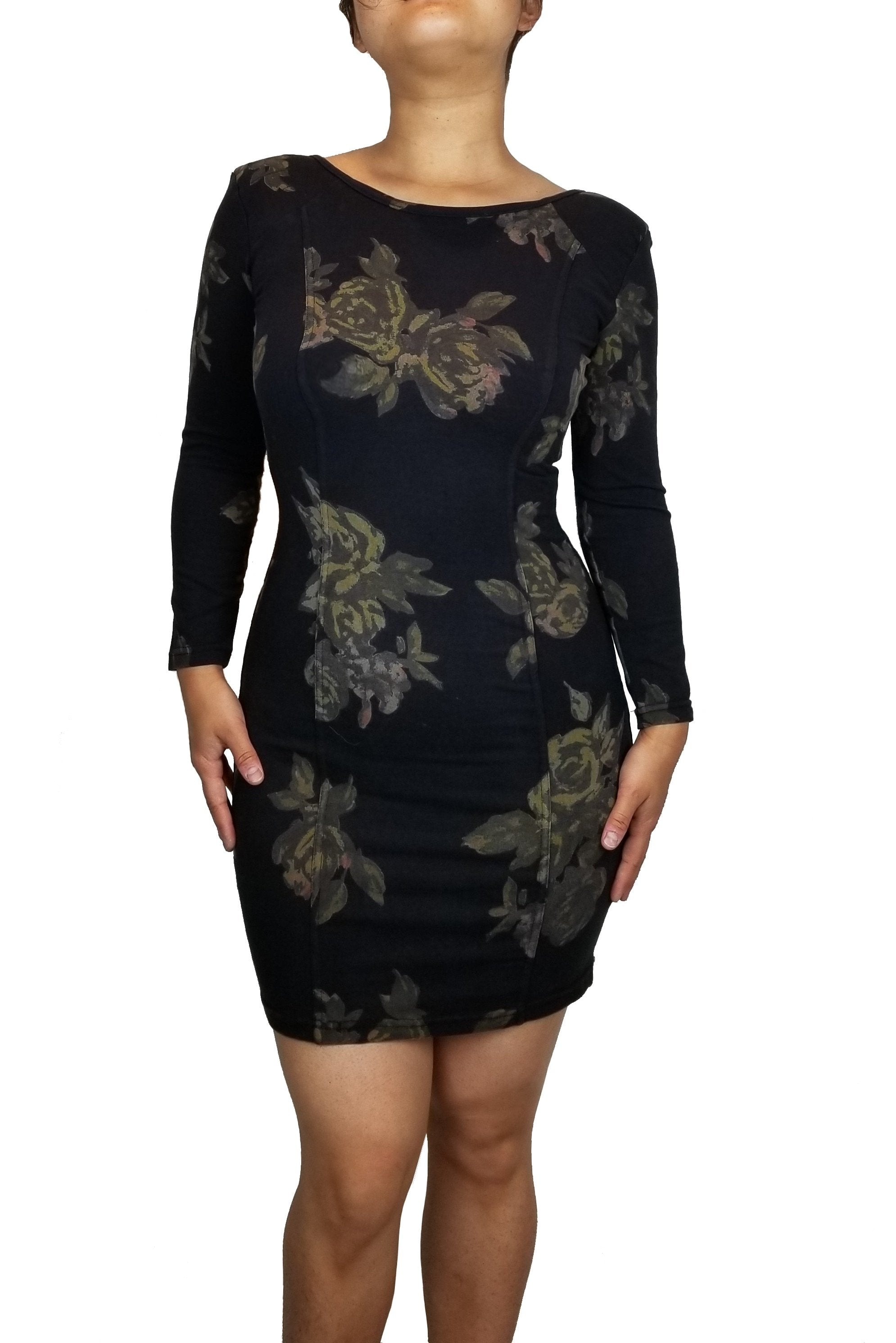 Wilfred Scoop Back Black floral dress, Body hugging dress with scoop back and a unique floral design, all for you to show the edges and curves!, Black, 92% Cotton 6% Spandex, Shoulder fill: 100% Polyester, women's Dresses & Rompers, women's Black Dresses & Rompers, Wilfred women's Dresses & Rompers, Dress, scoop back dress, soft dress, body hugging dress, tight bodycon stretch dress with long sleeves and floral prints, body stretch pencil dress with open back mini dress, sexy bodycon dress