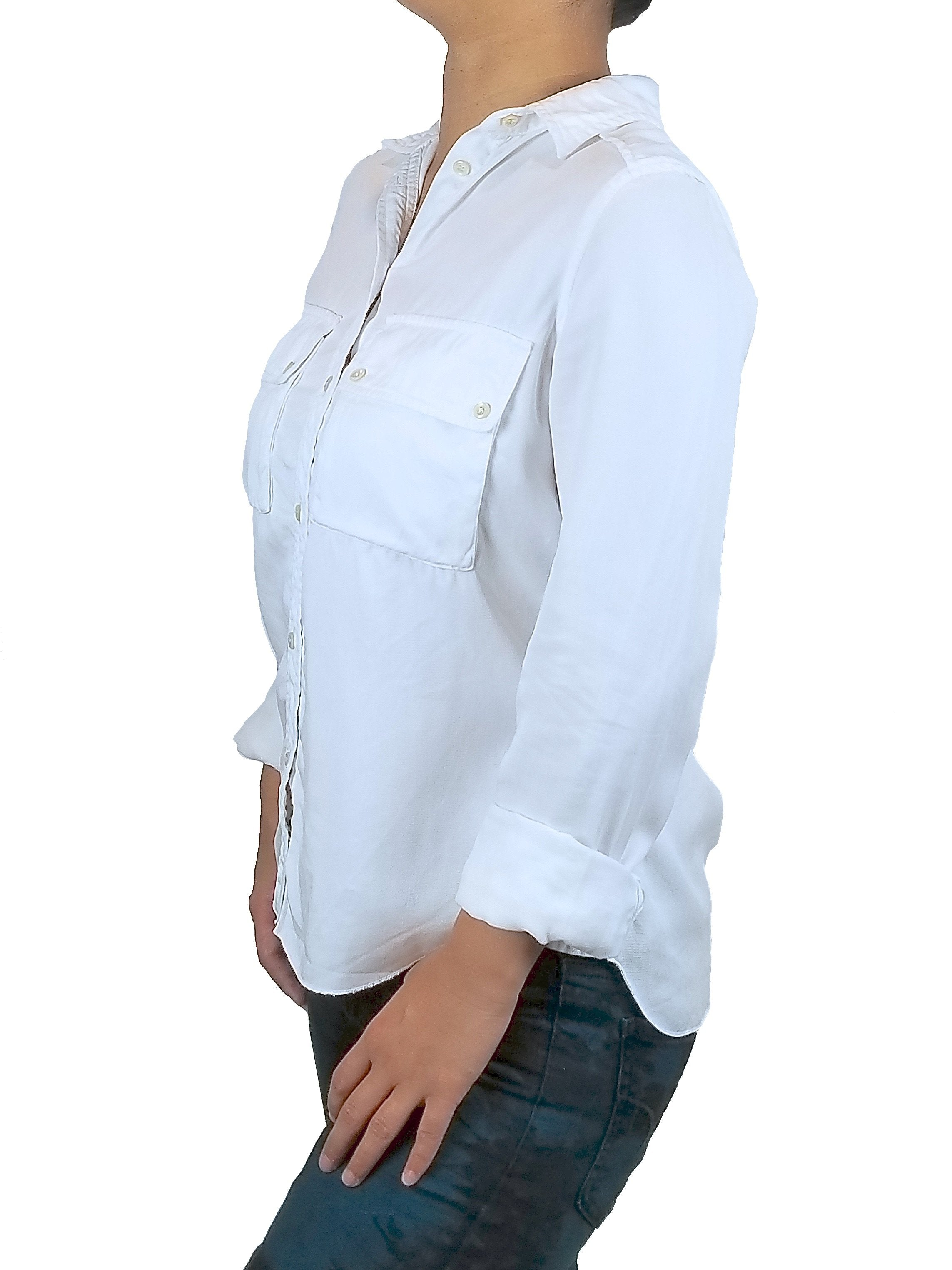 Wilfred Women's casual button-down shirt, Stylish and relaxed shirt, silhouette in biodegradable material. It doesn't get better than this timeless button down., White, 100% Lyocell, Women's casual shirt, women's shirt with lyocell material, women's white shirt with biodegradable material, women's white button down shirt, women's white button up shirt, featured, eco fashion with sustainable material