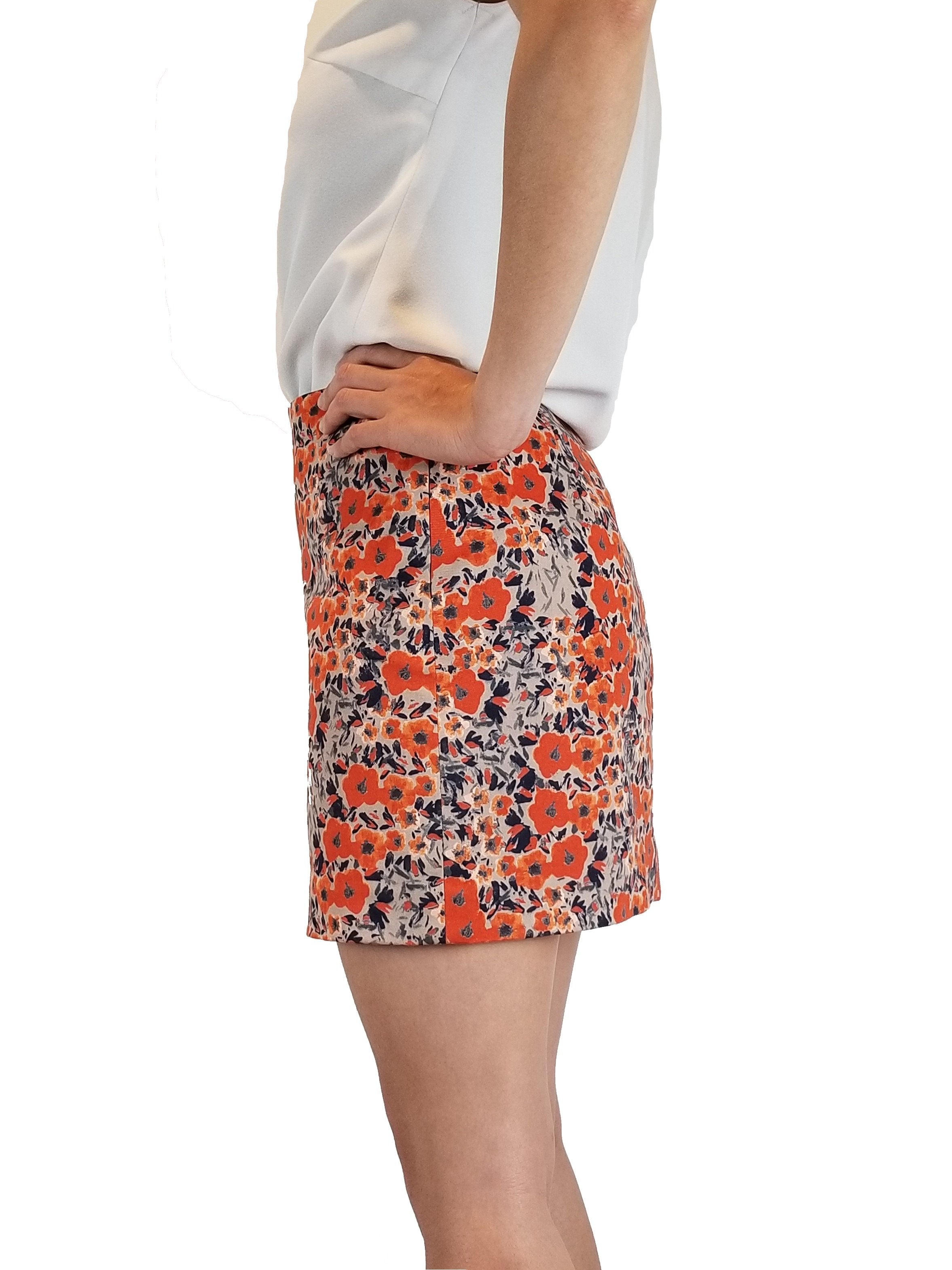 Club Monaco Floral orange mini skirt, Super cute mini skirt for any season. Tights and boots can come to rescue on colder days;), Orange, Shell: 98% Cotton, 2% Elastane. Lining: 100% Polyester, skirt, fashion, floral multi-colored mini skirt