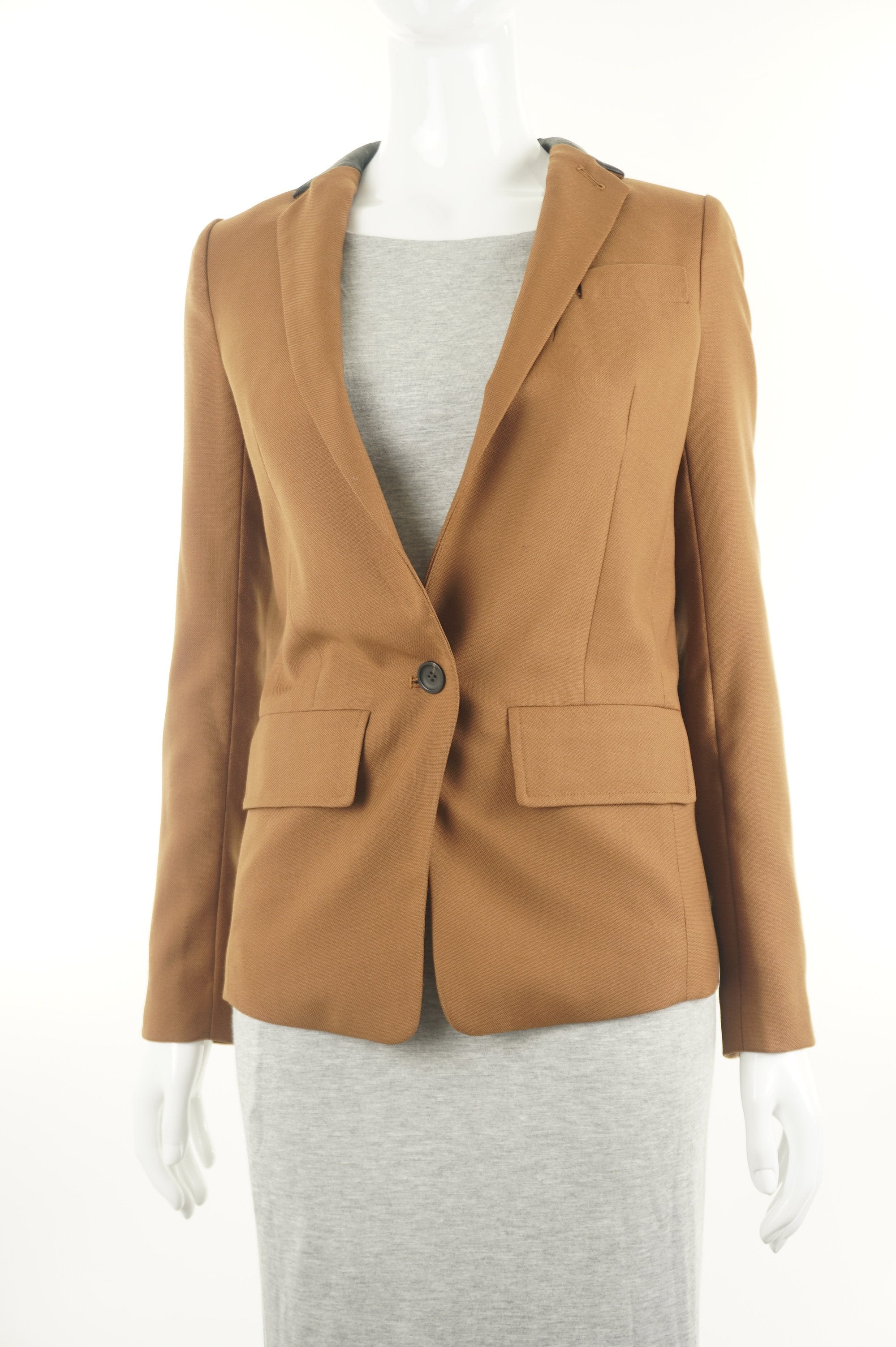Club Monaco Brown Business Casual Jacket, Business and fashionable? Look no further! This brown business casual jacket is what you've been searching for., Brown, Shell: 55% Wool, 45% Polyester. Lining: 100% Polyester, women's Jackets & Coats, women's Brown Jackets & Coats, Club Monaco women's Jackets & Coats, jacket, women's brown jacket with suit jeather black collar, women's designer brown suit jacket, women's professional wear, club monacco business blazer