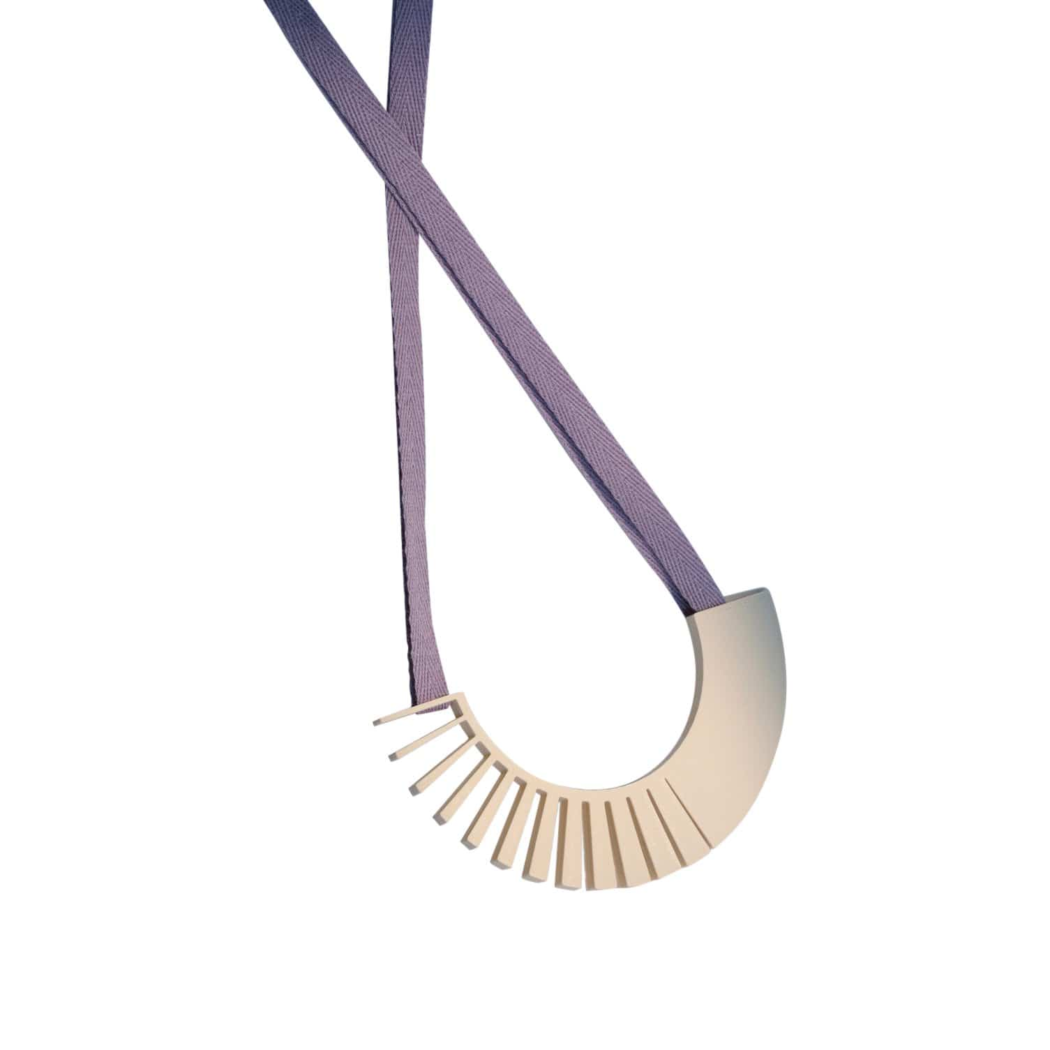 TOPODOM Necklaces Ivory Larco Necklace