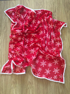 NEW XL Christmas Snowflake Red Blanket