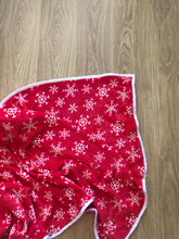 Load image into Gallery viewer, NEW XL Christmas Snowflake Red Blanket