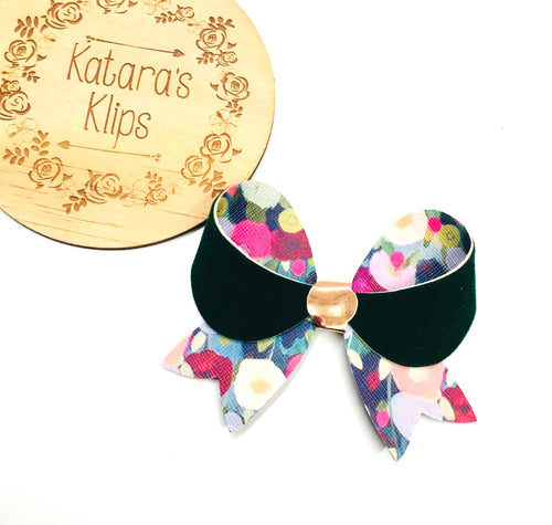 Lily Green Floral bow