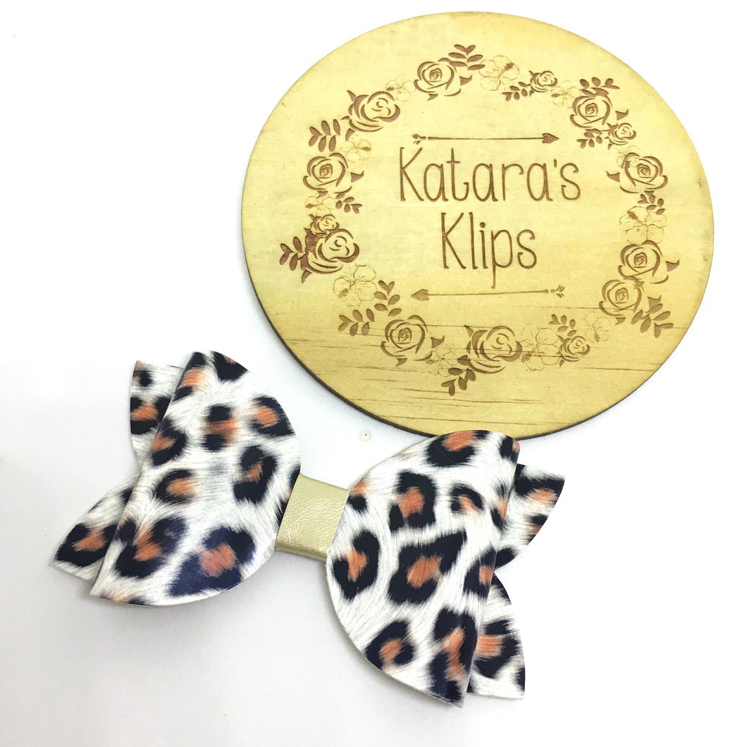 Leopard Shiny Bow