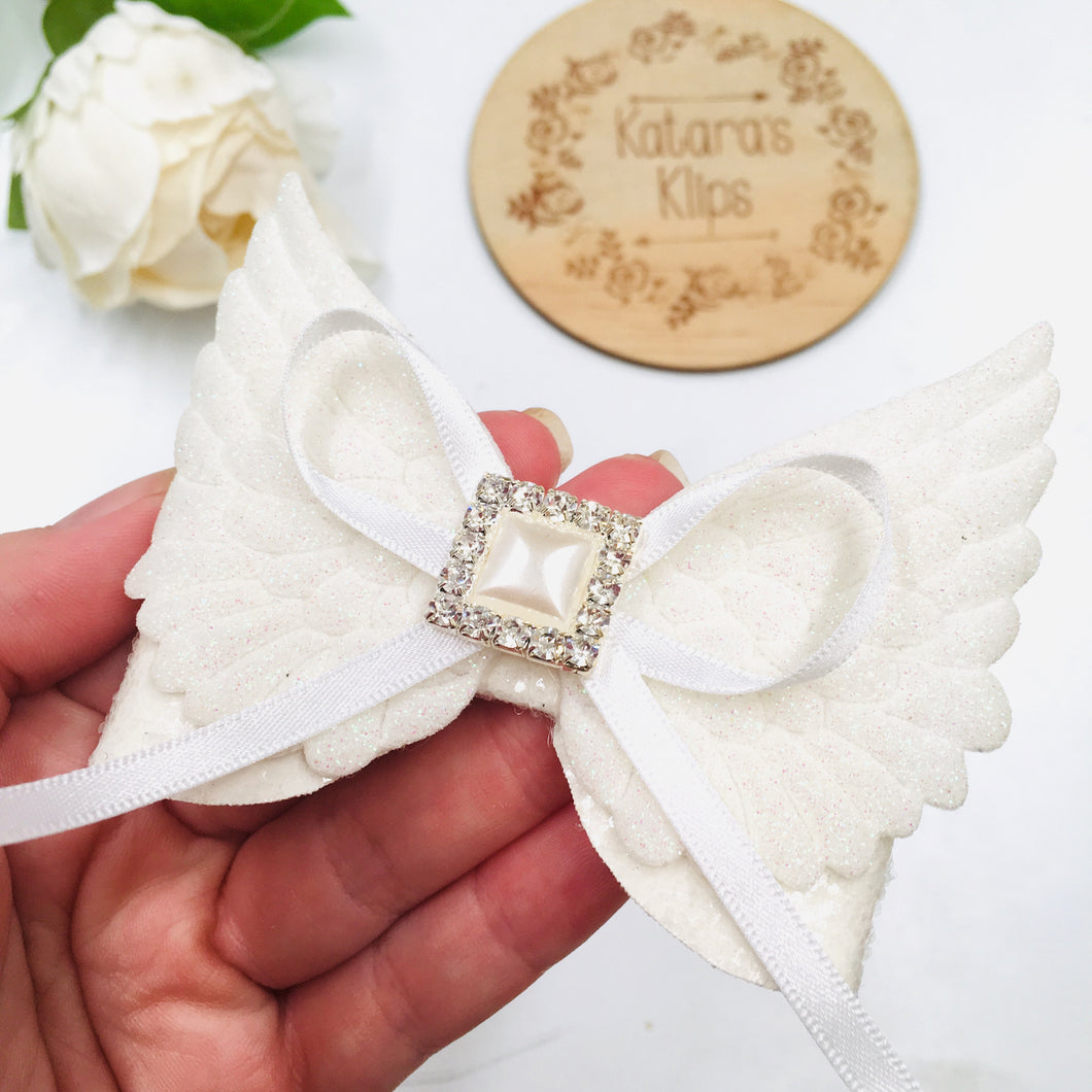 Winged Deluxe white bow