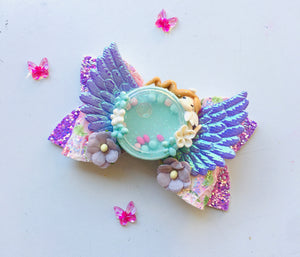 Fairy Shaker Clay bow