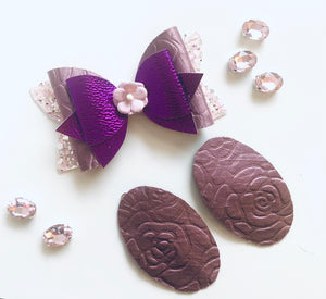Embossed Roses Mauve Bow and Snap Clip Set