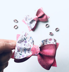 Pink Horse Pony Ivy Bow